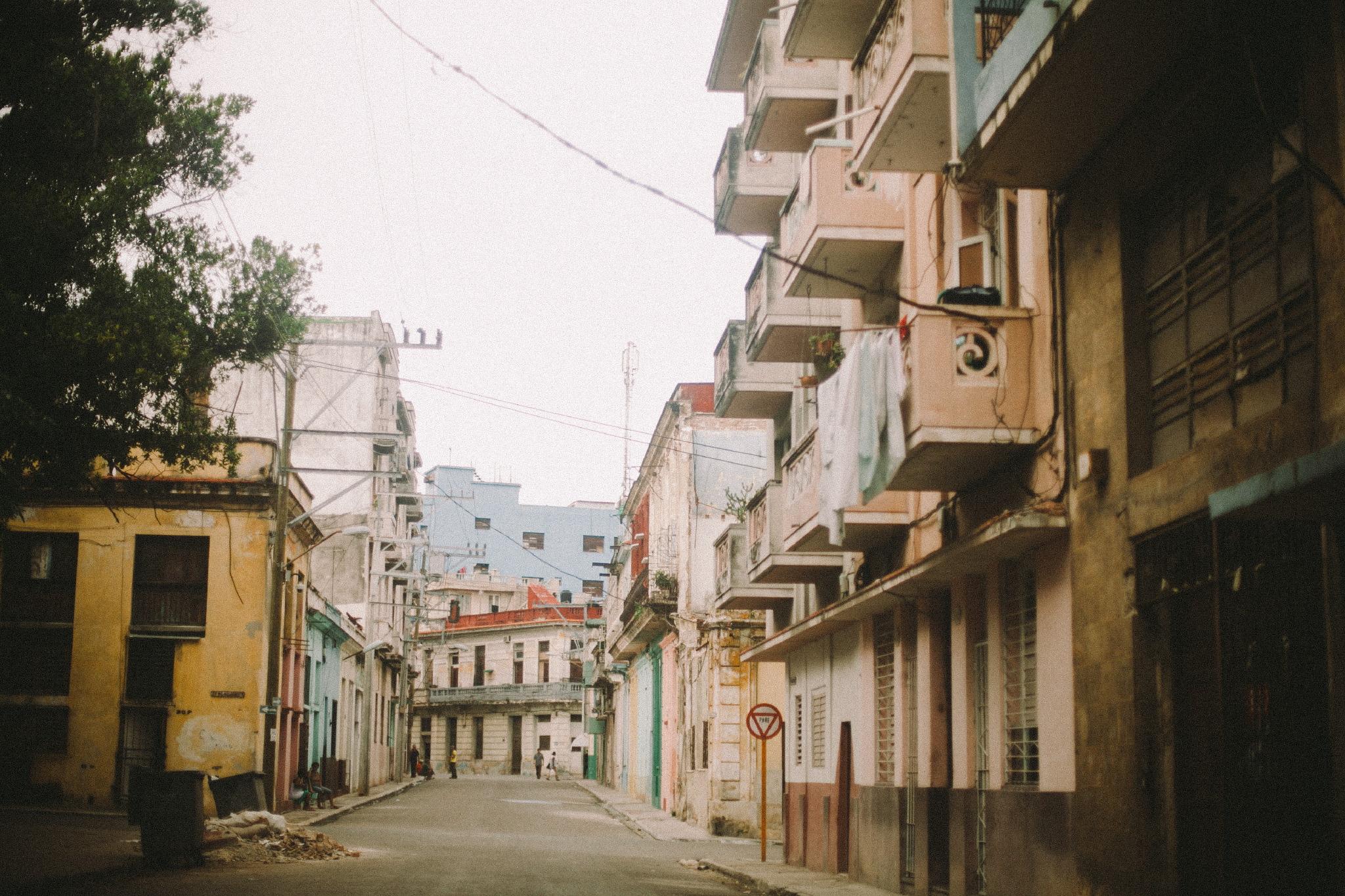 san diego wedding   photographer | urban residential area in cuba