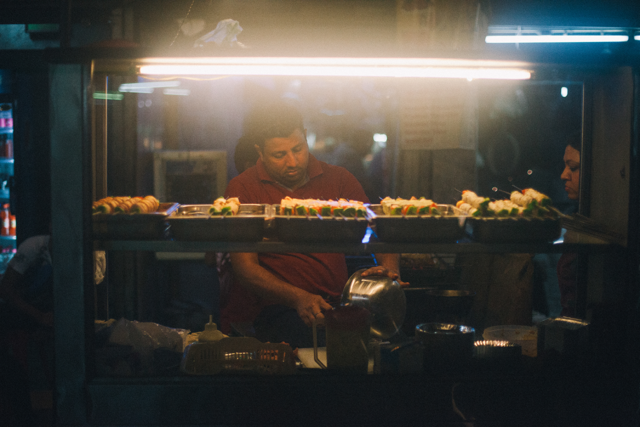 san diego wedding   photographer | streetfood stall at night
