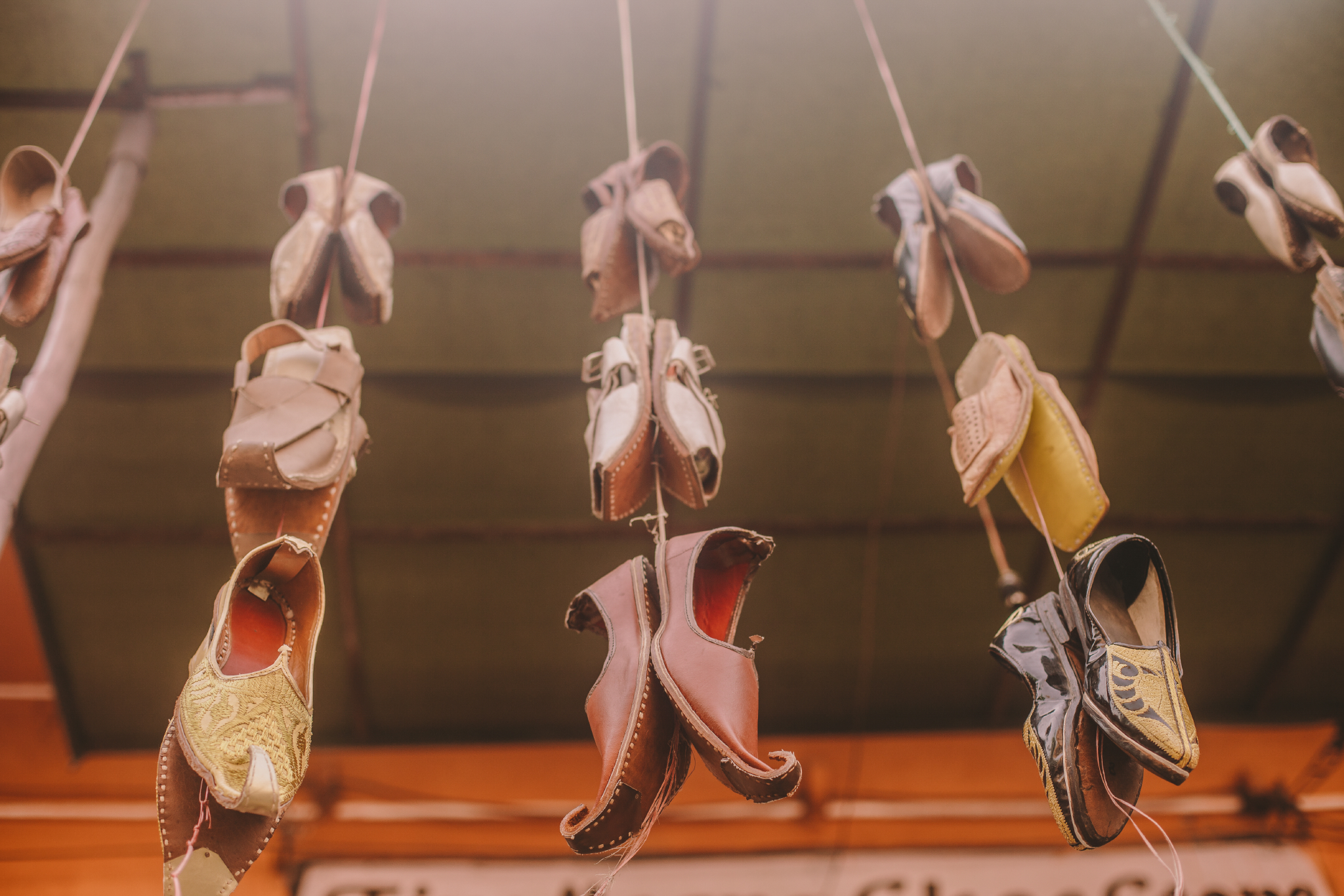 san diego wedding   photographer | shoes hanging by a rope