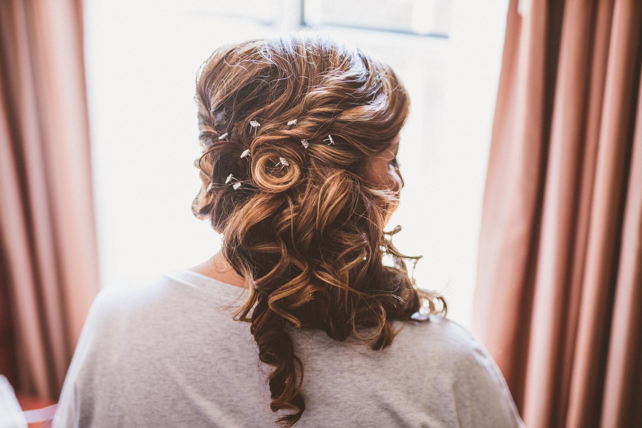 san diego wedding   photographer   bride's hairdo