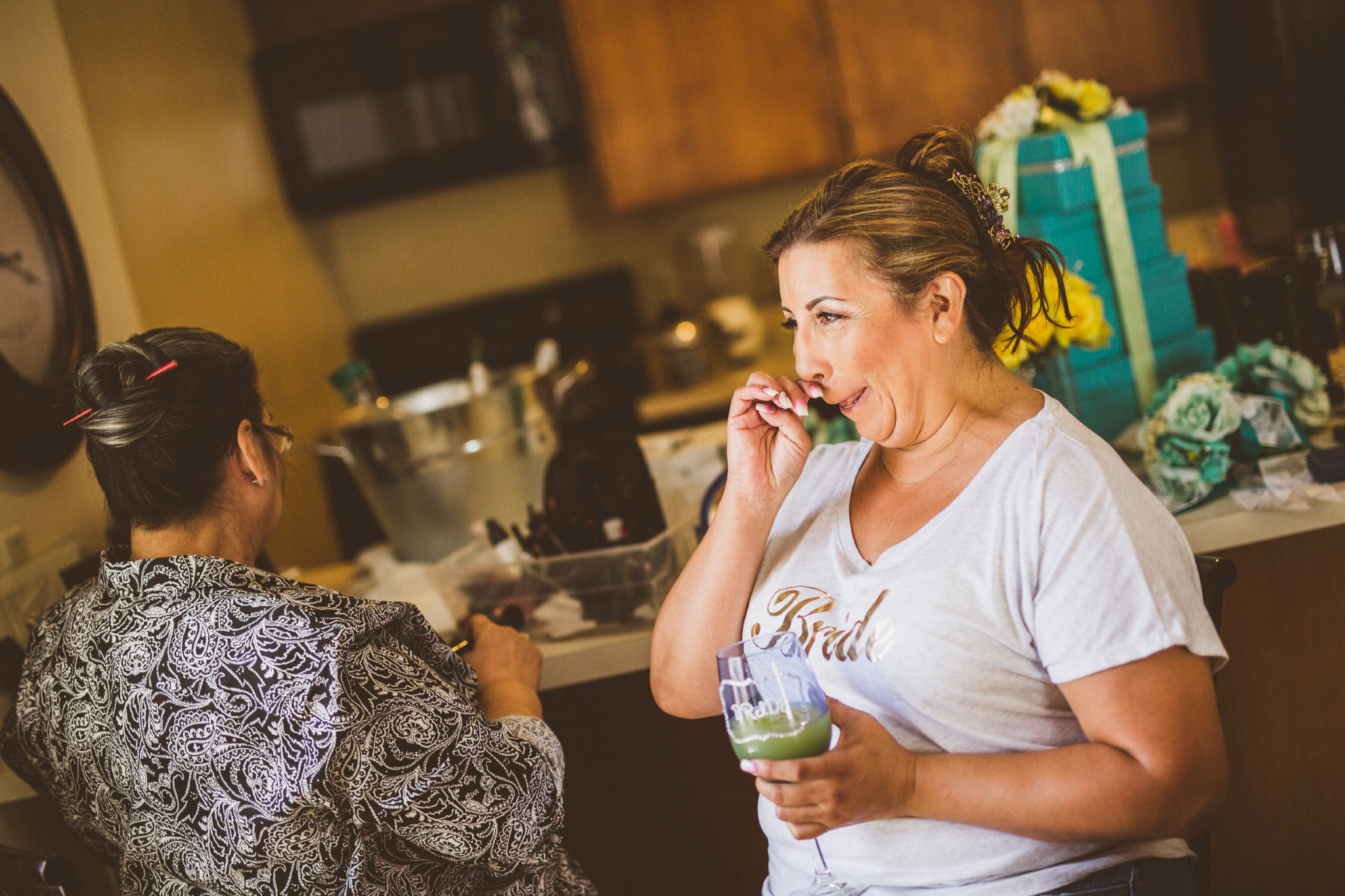 san diego wedding   photographer   middle aged woman with makeup artist