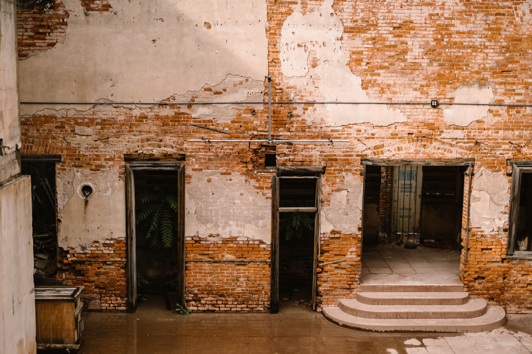san diego wedding   photographer | side of old brick building with entrance ways