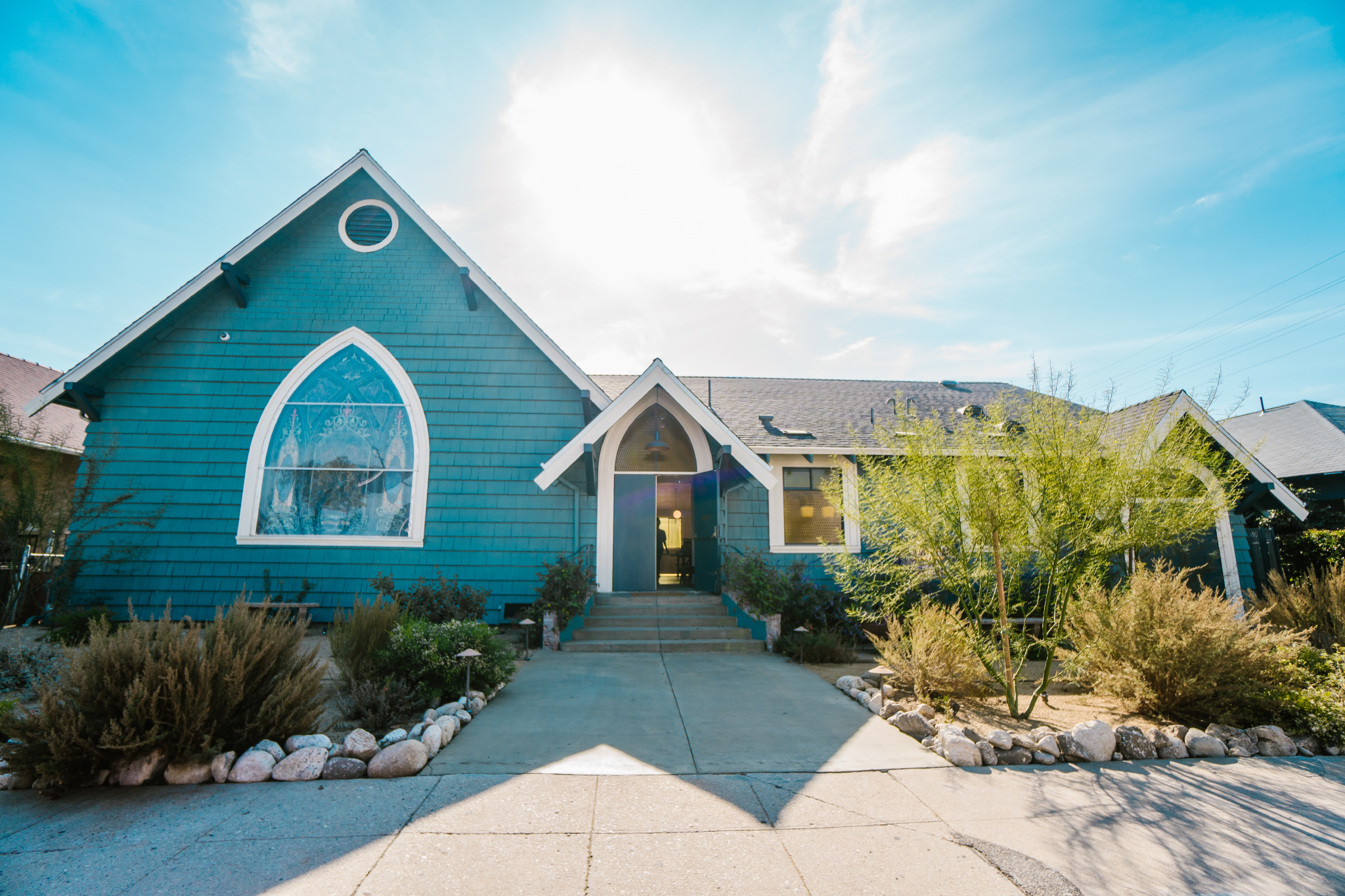 san diego wedding   photographer | blue house in sunlight