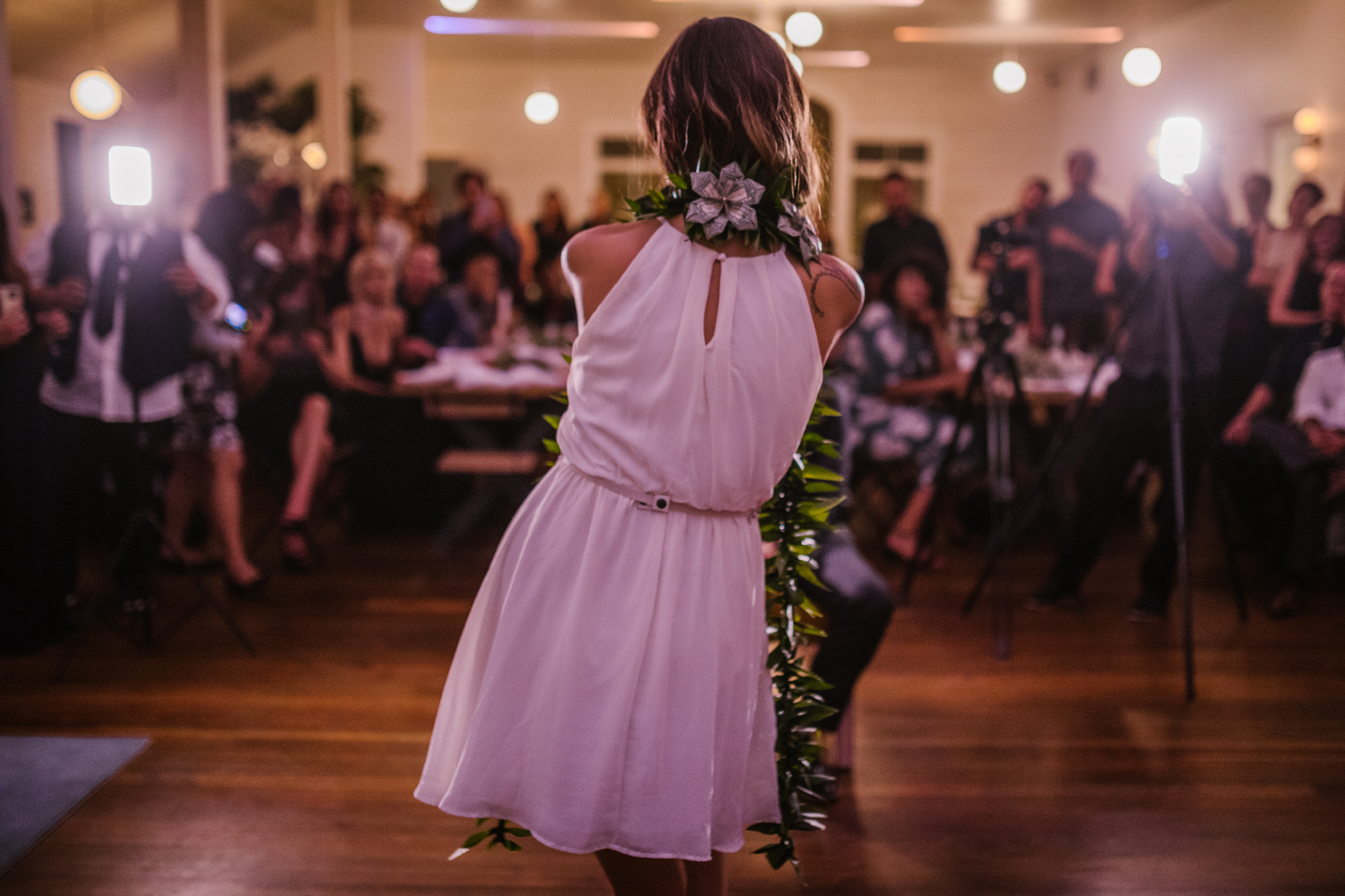san diego wedding   photographer | bride from behind dancing
