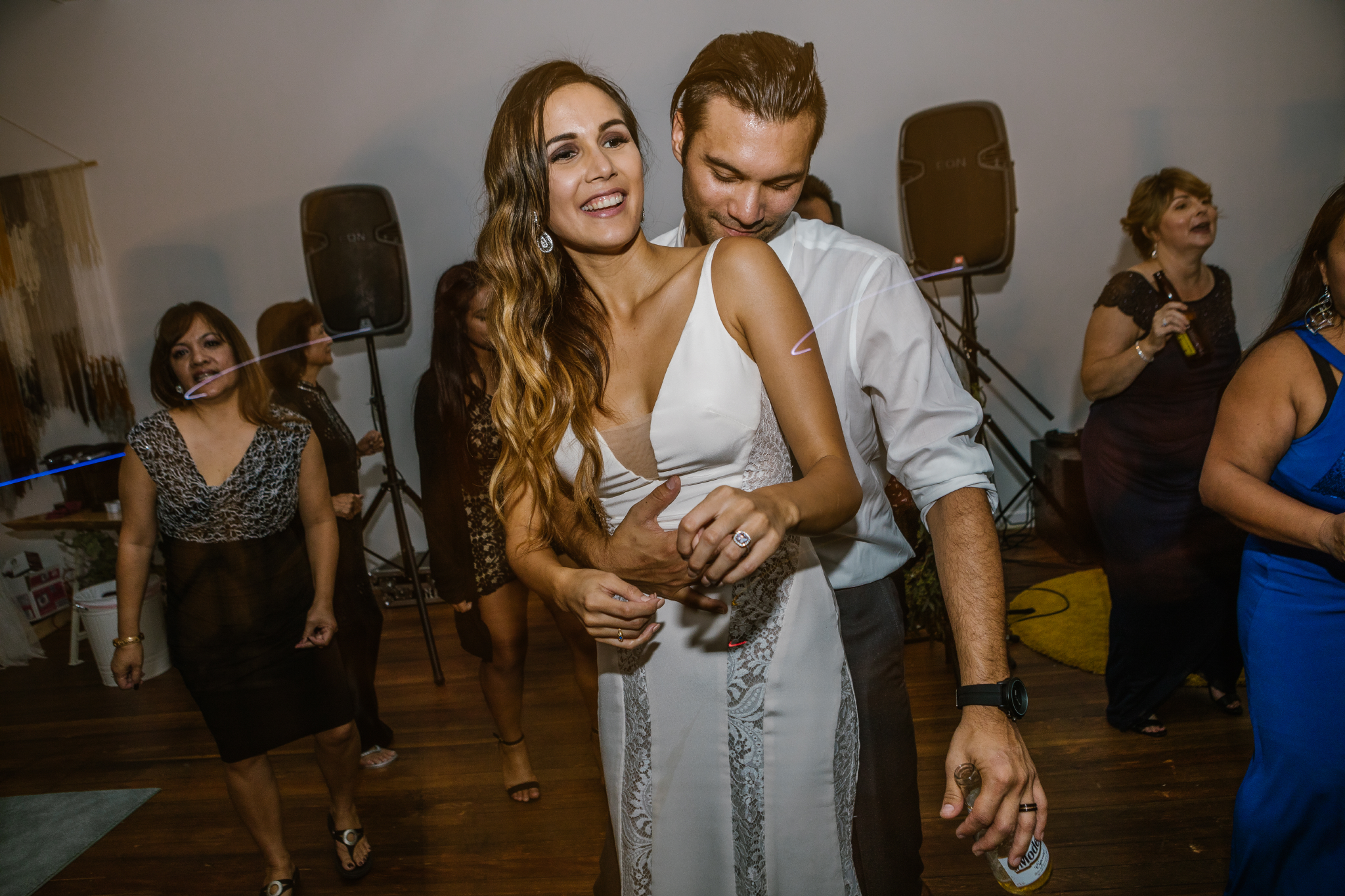 san diego wedding   photographer | bride and groom dancing in front of speakers