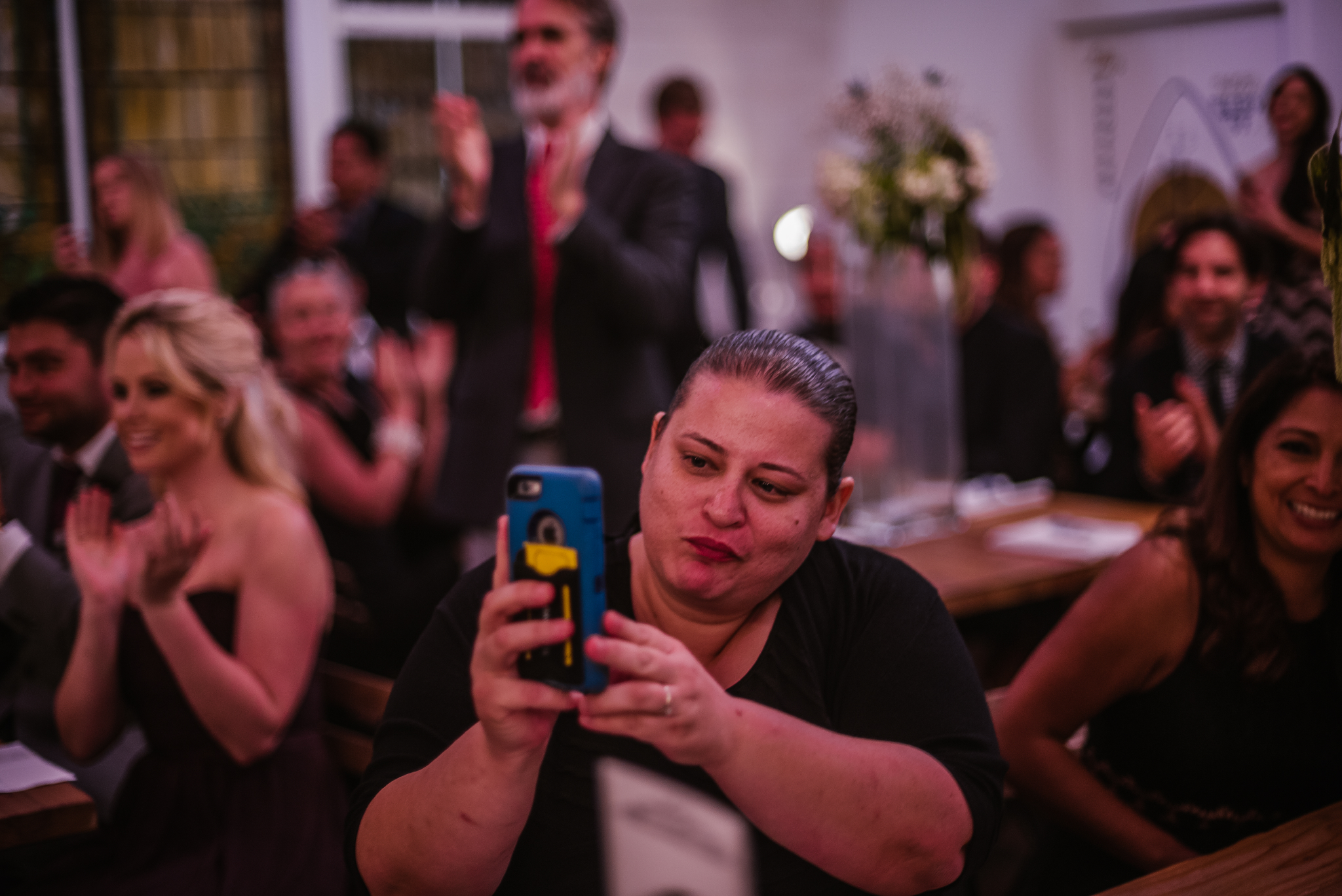 san diego wedding   photographer   crowd taking pictures