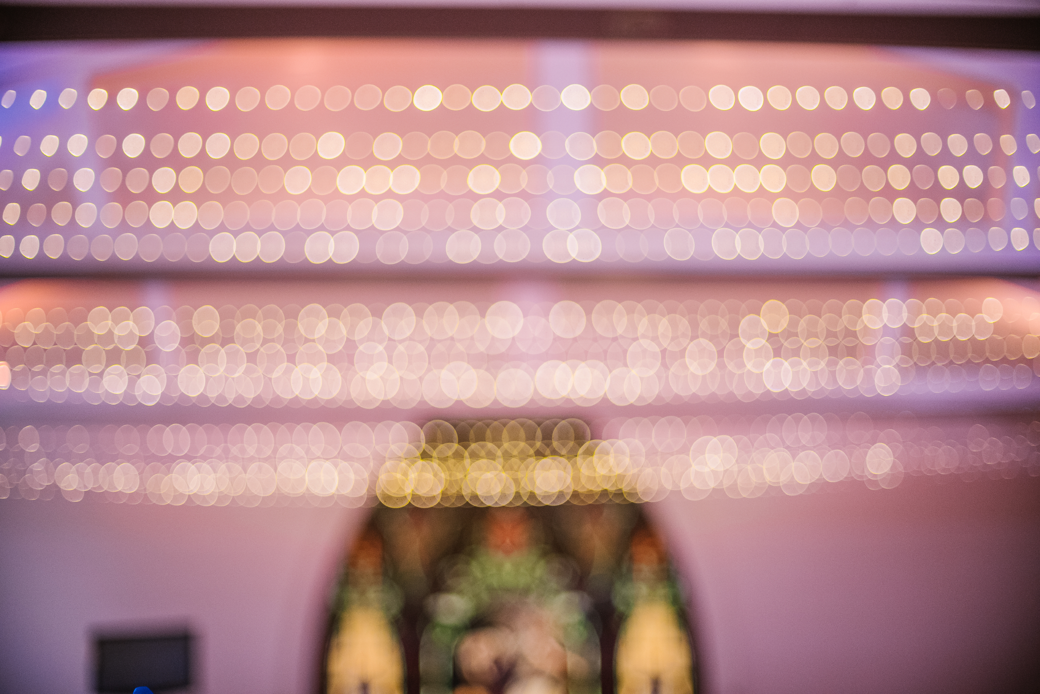 san diego wedding   photographer   blurred picture of lighting