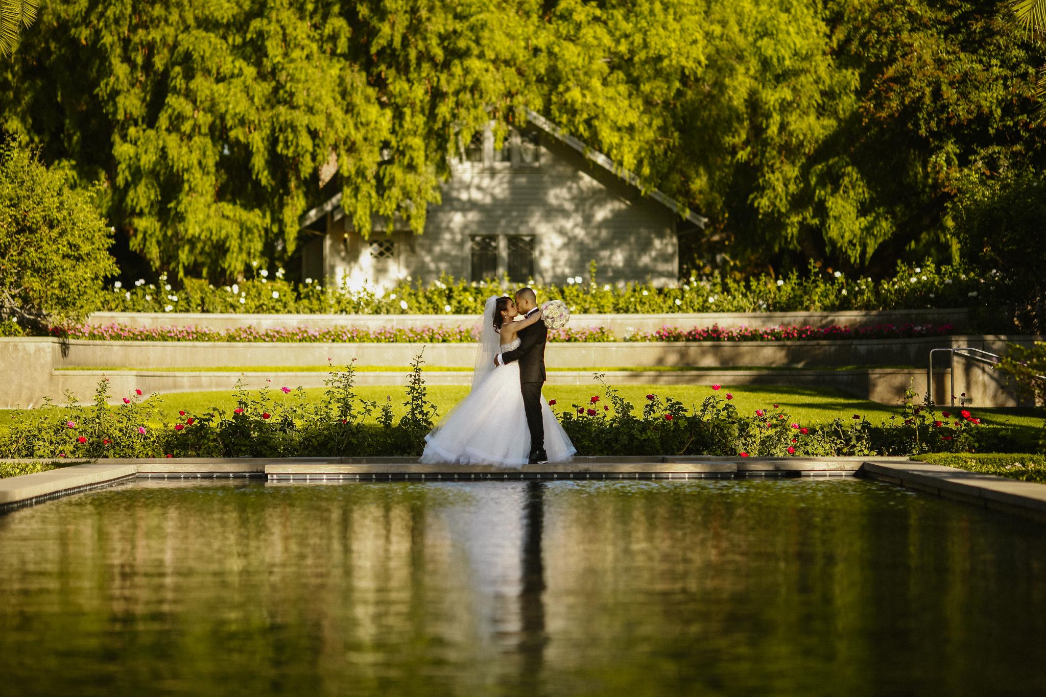 san diego wedding   photographer | couple about to kiss on lake