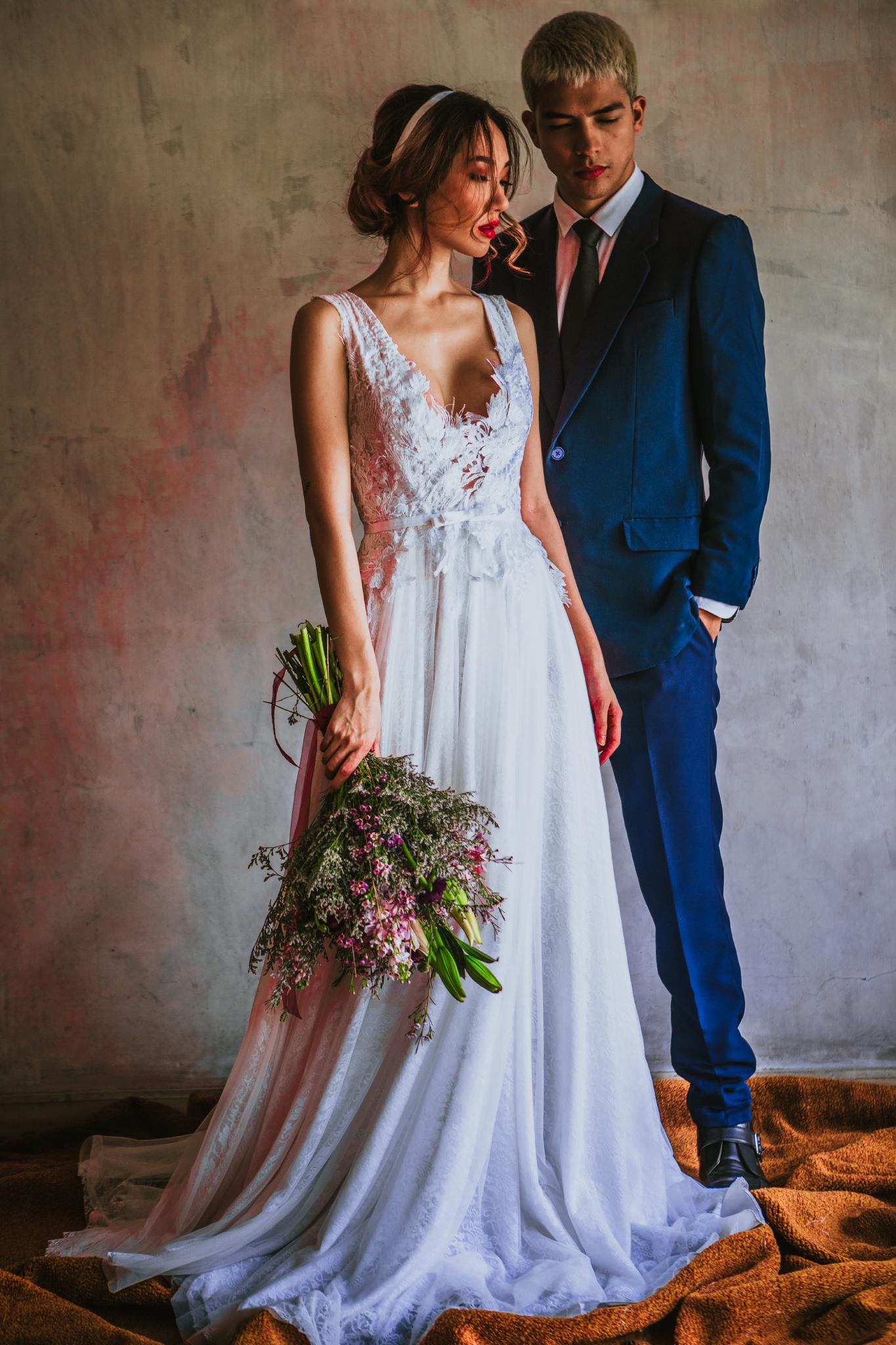 san diego wedding   photographer | couple looking down