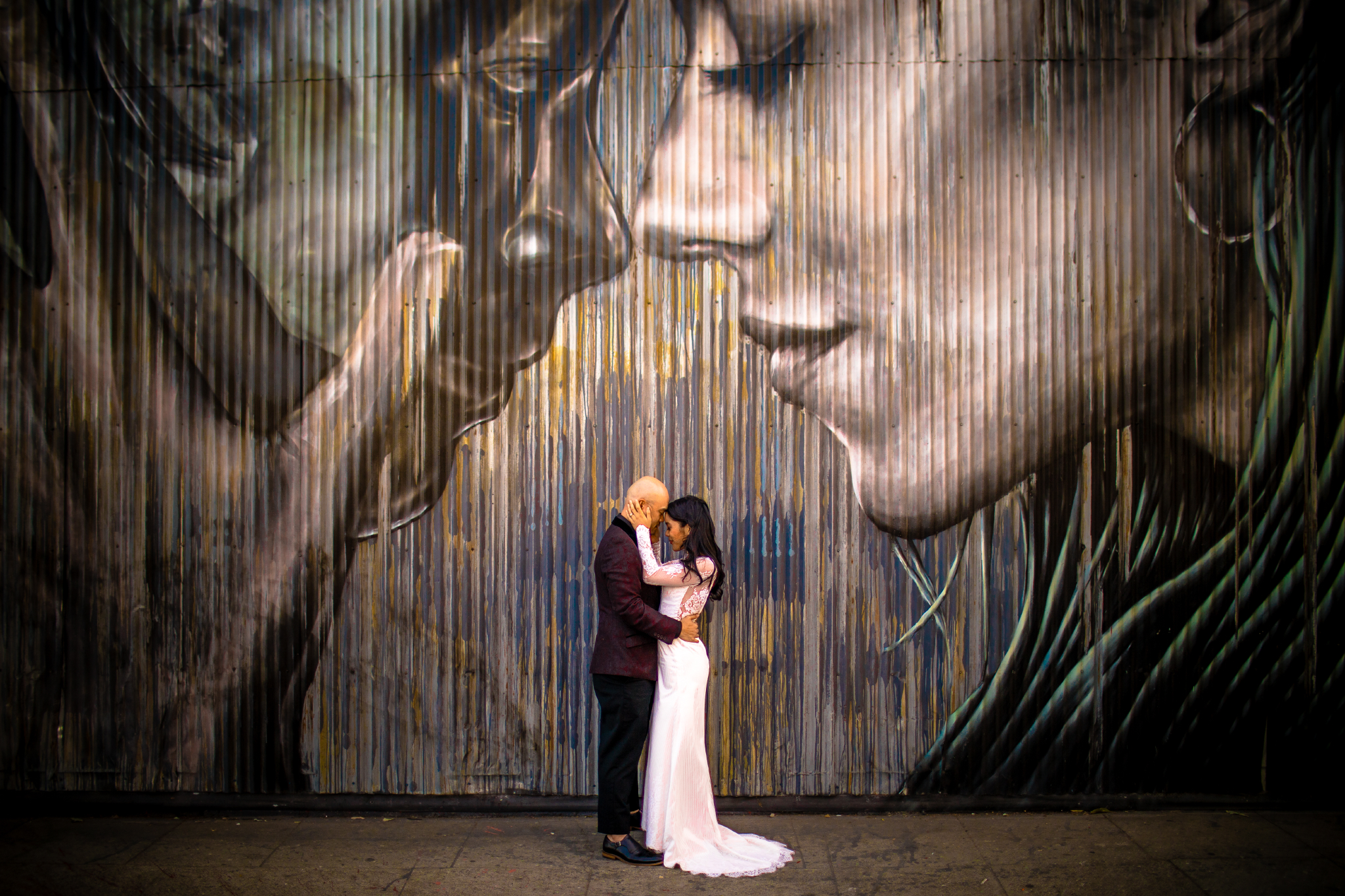 san diego wedding   photographer | couple in front of mural