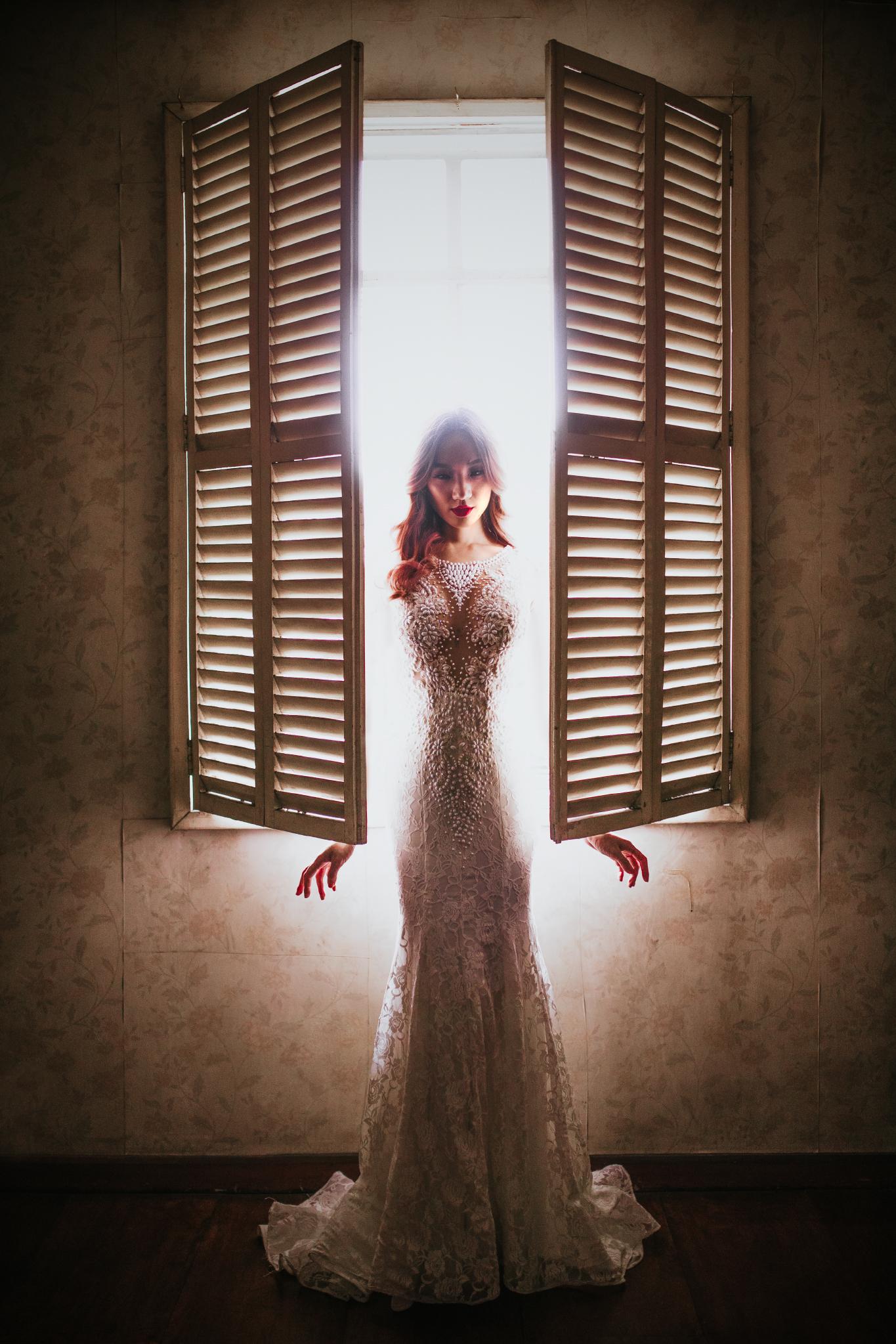 san diego wedding   photographer | woman basked in light