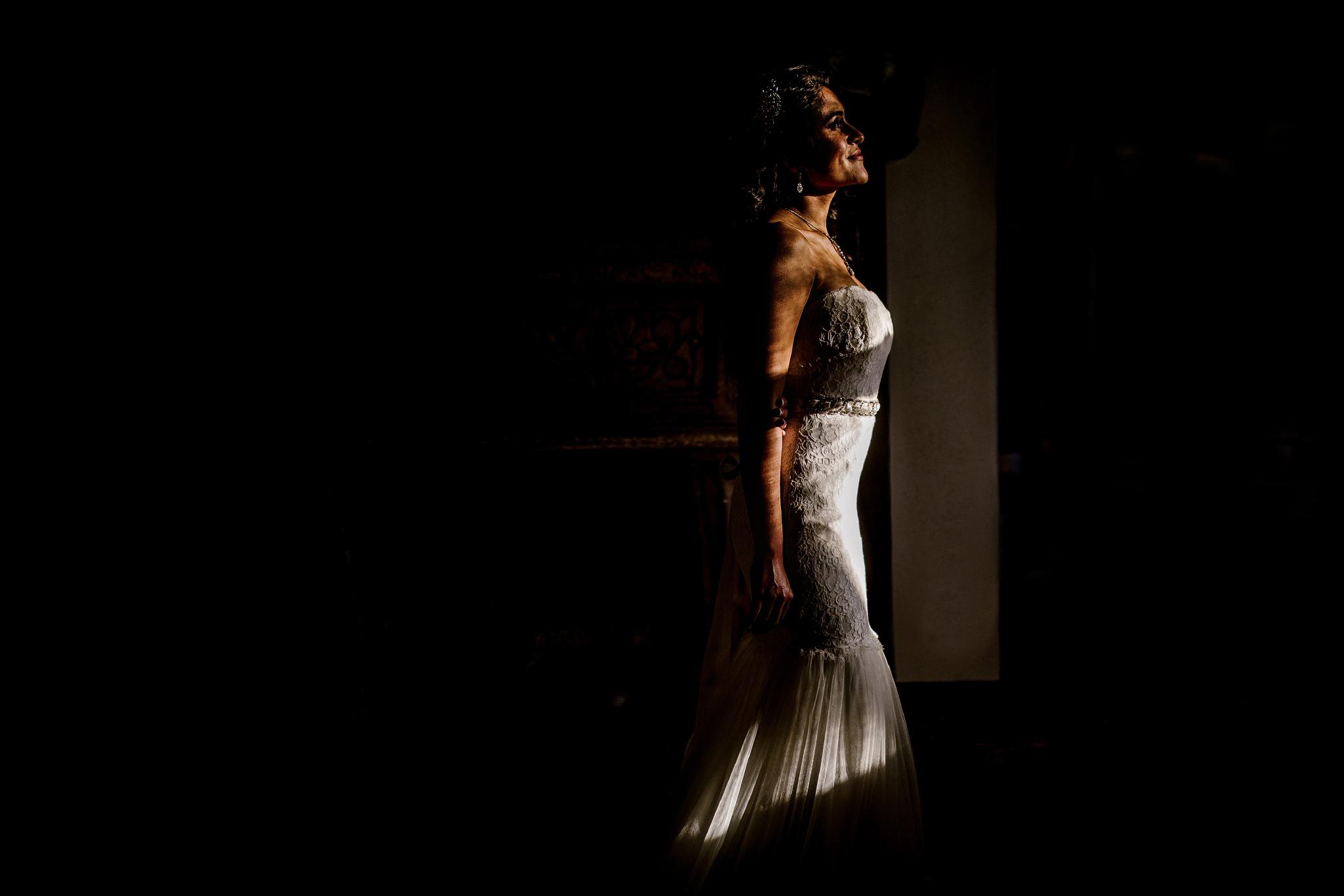 san diego wedding   photographer | woman in shadows