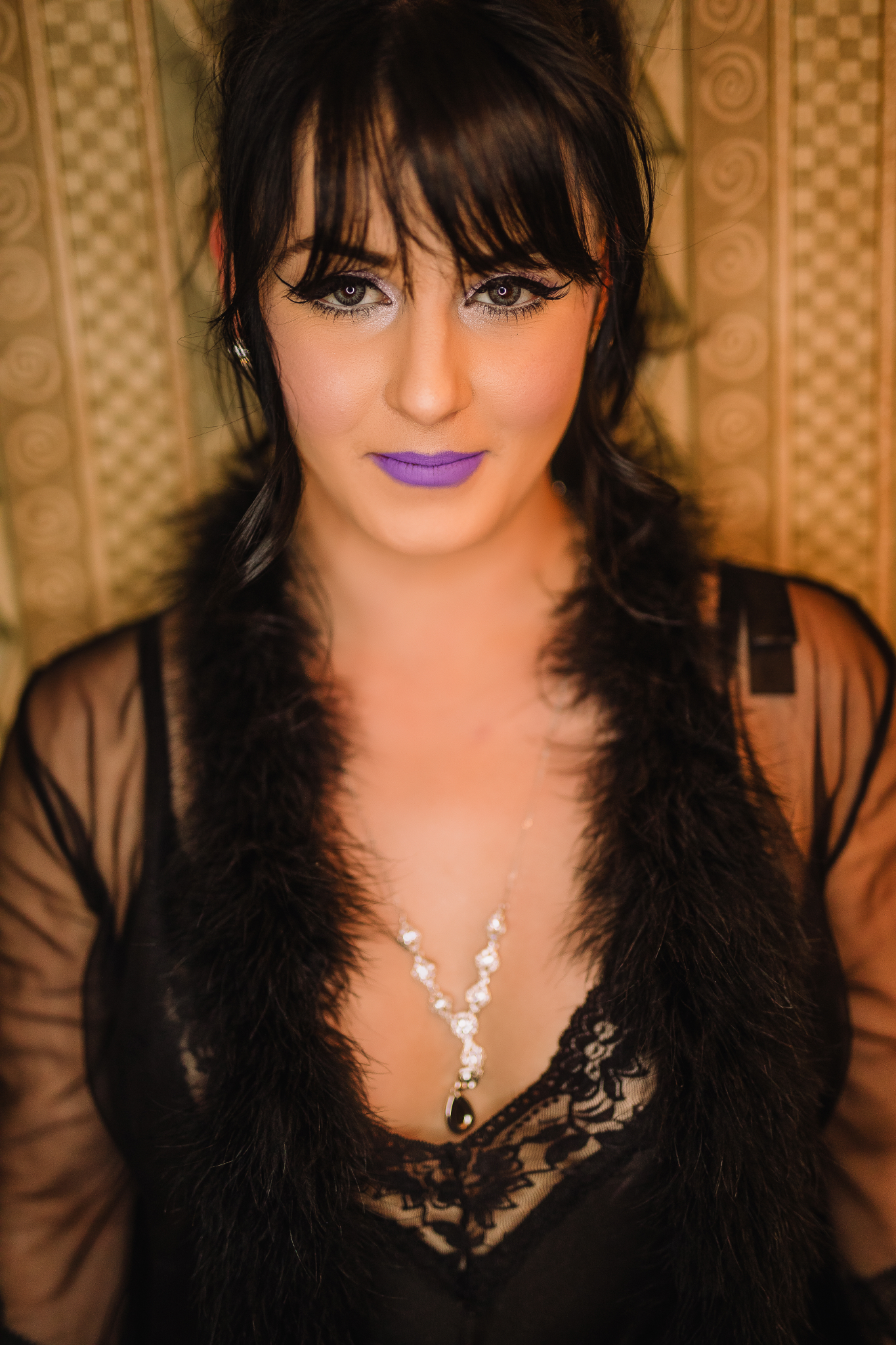 san diego wedding   photographer | woman with purple lipstick