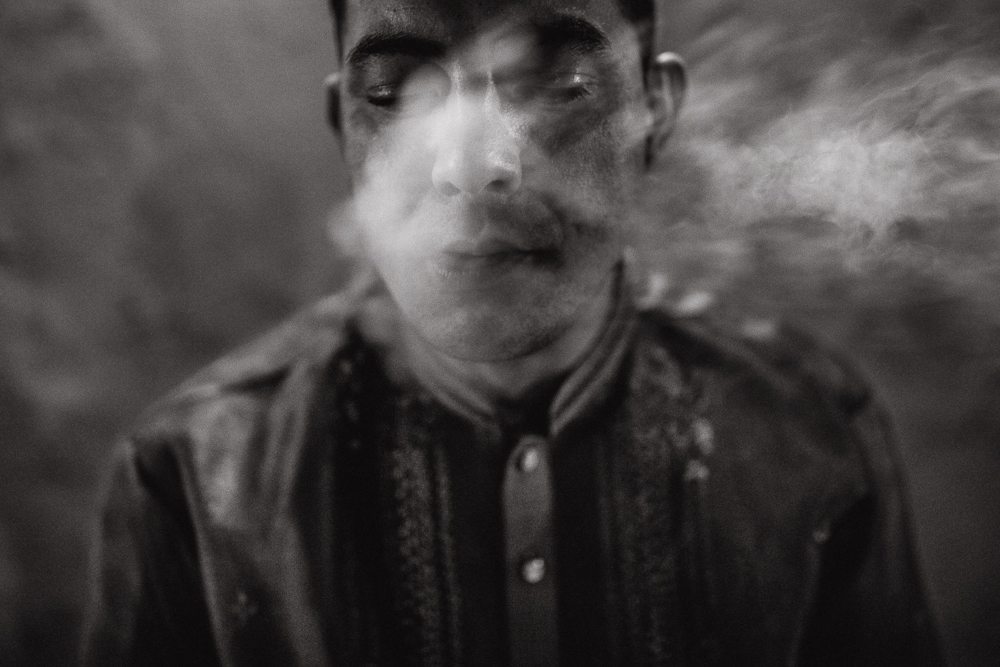 san diego wedding   photographer | man smoking