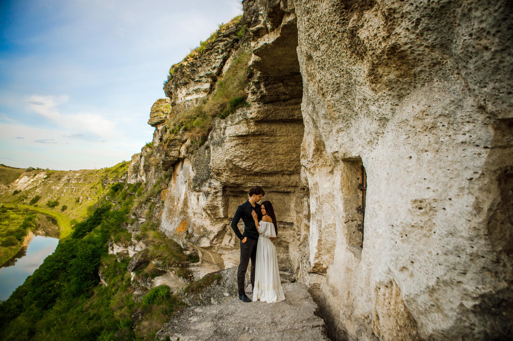 san diego wedding   photographer | couple on cliffside