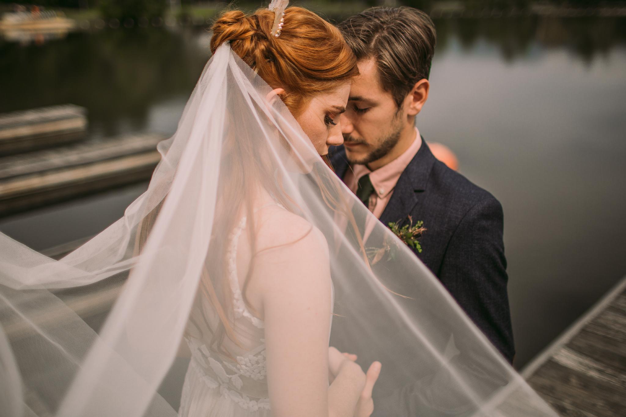 san diego wedding   photographer | couple on lake