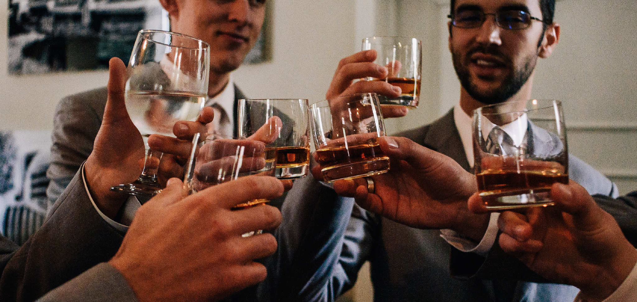 san diego wedding   photographer | men with glasses of alcohol about to cheers