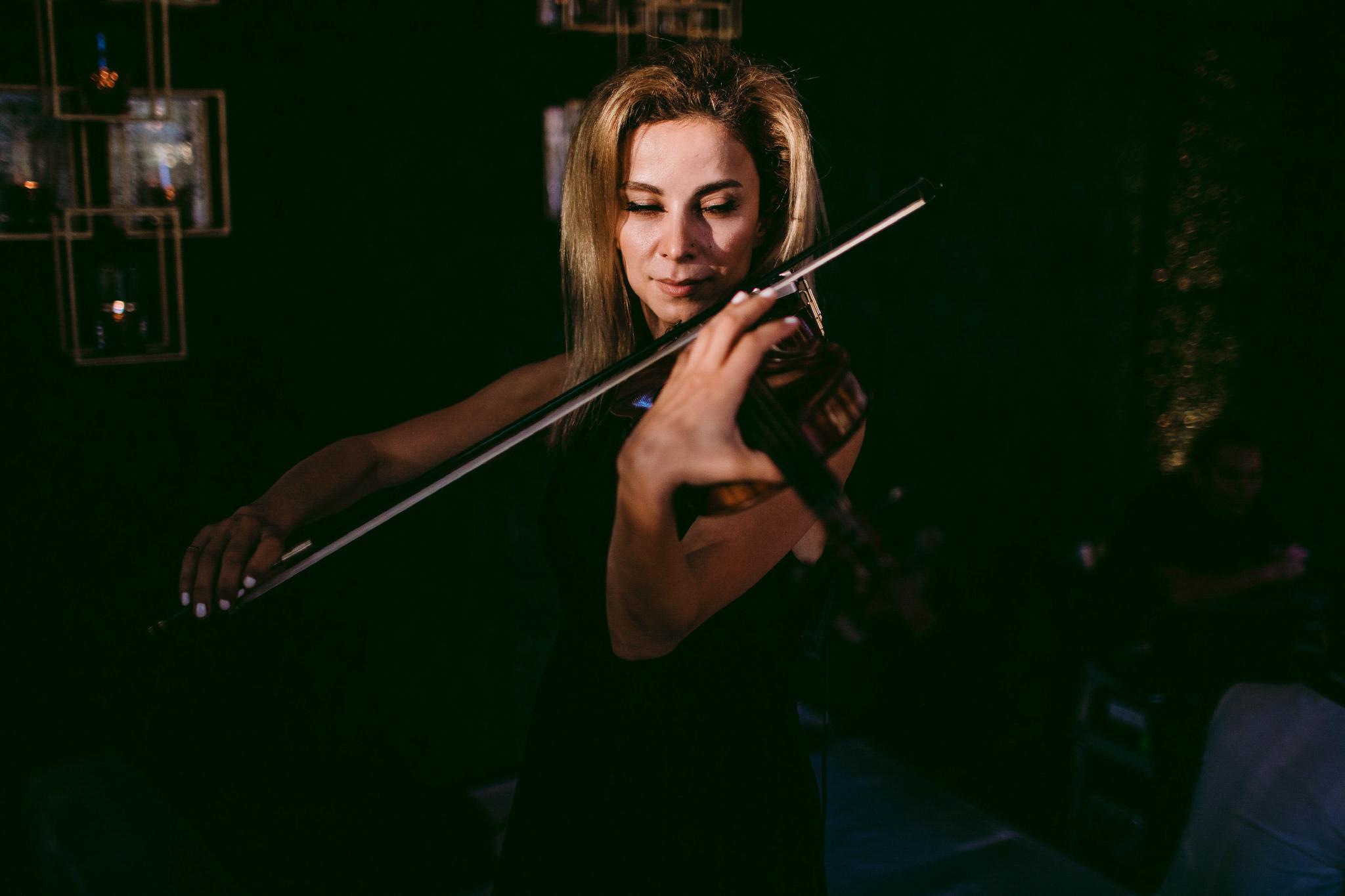 san diego wedding   photographer | violinist in black dress