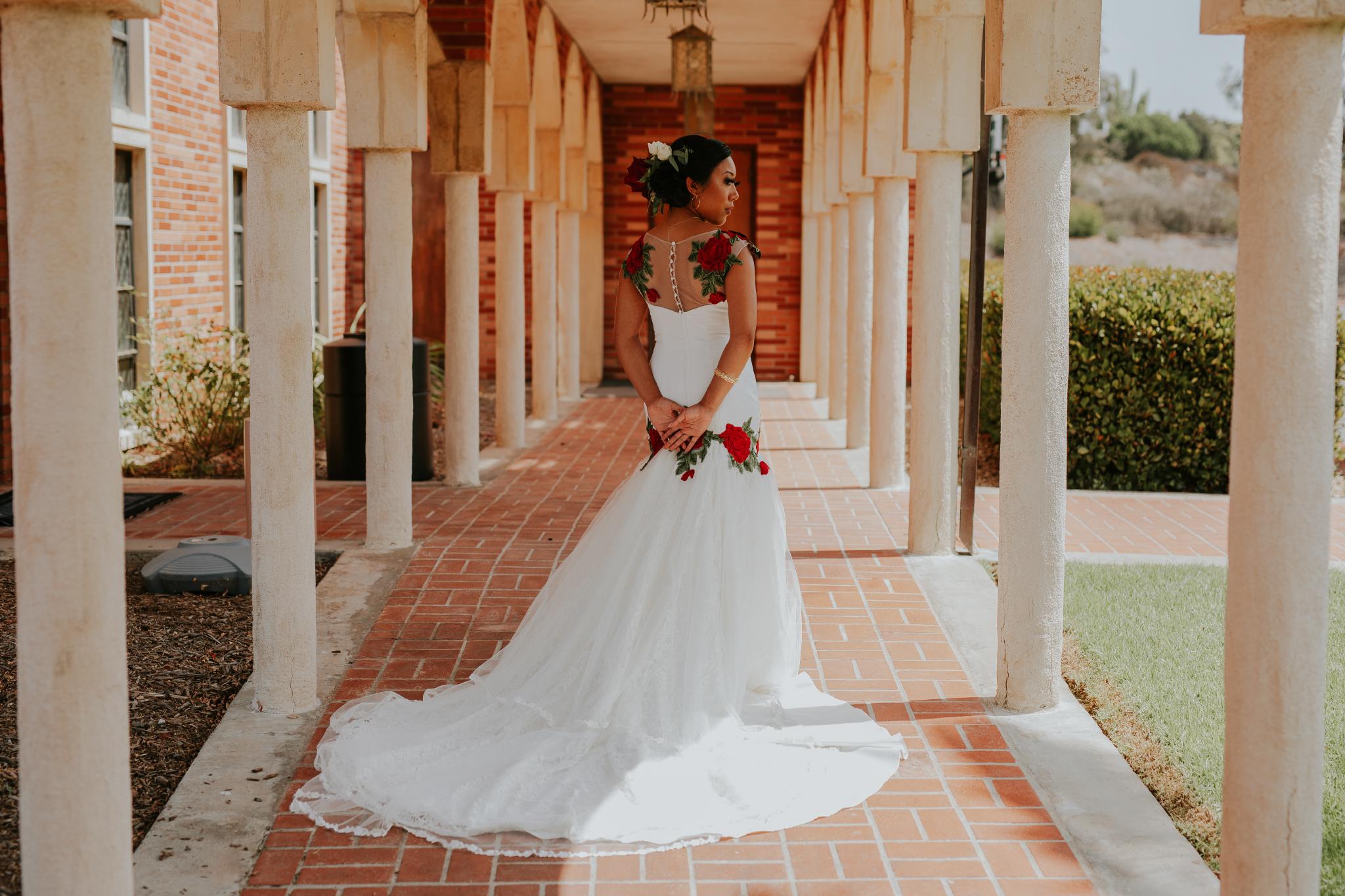 San Diego Wedding Photographer | bride posing before the wedding