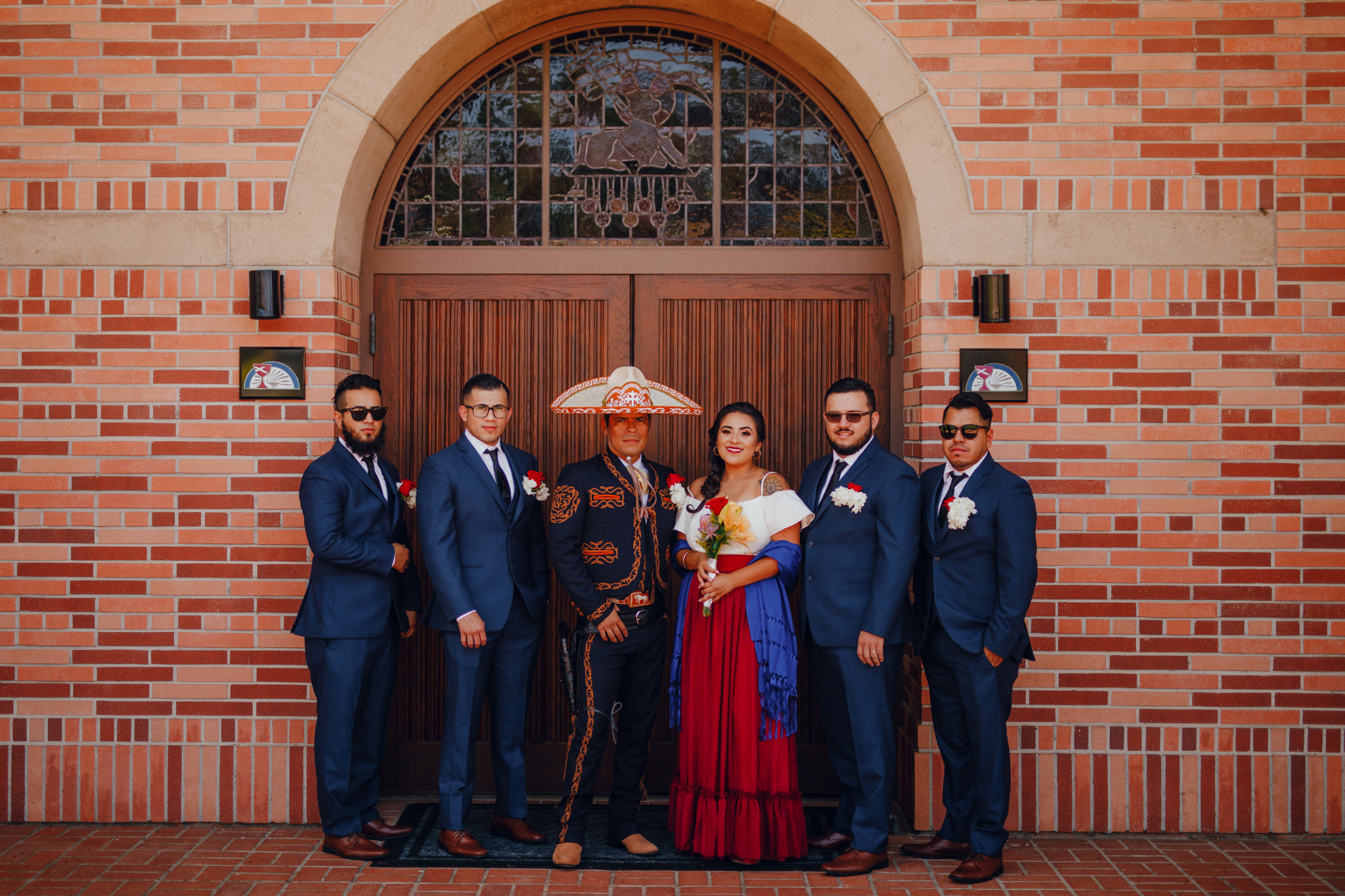 San Diego Wedding Photographer | groom and groomsmen with maiden of honour
