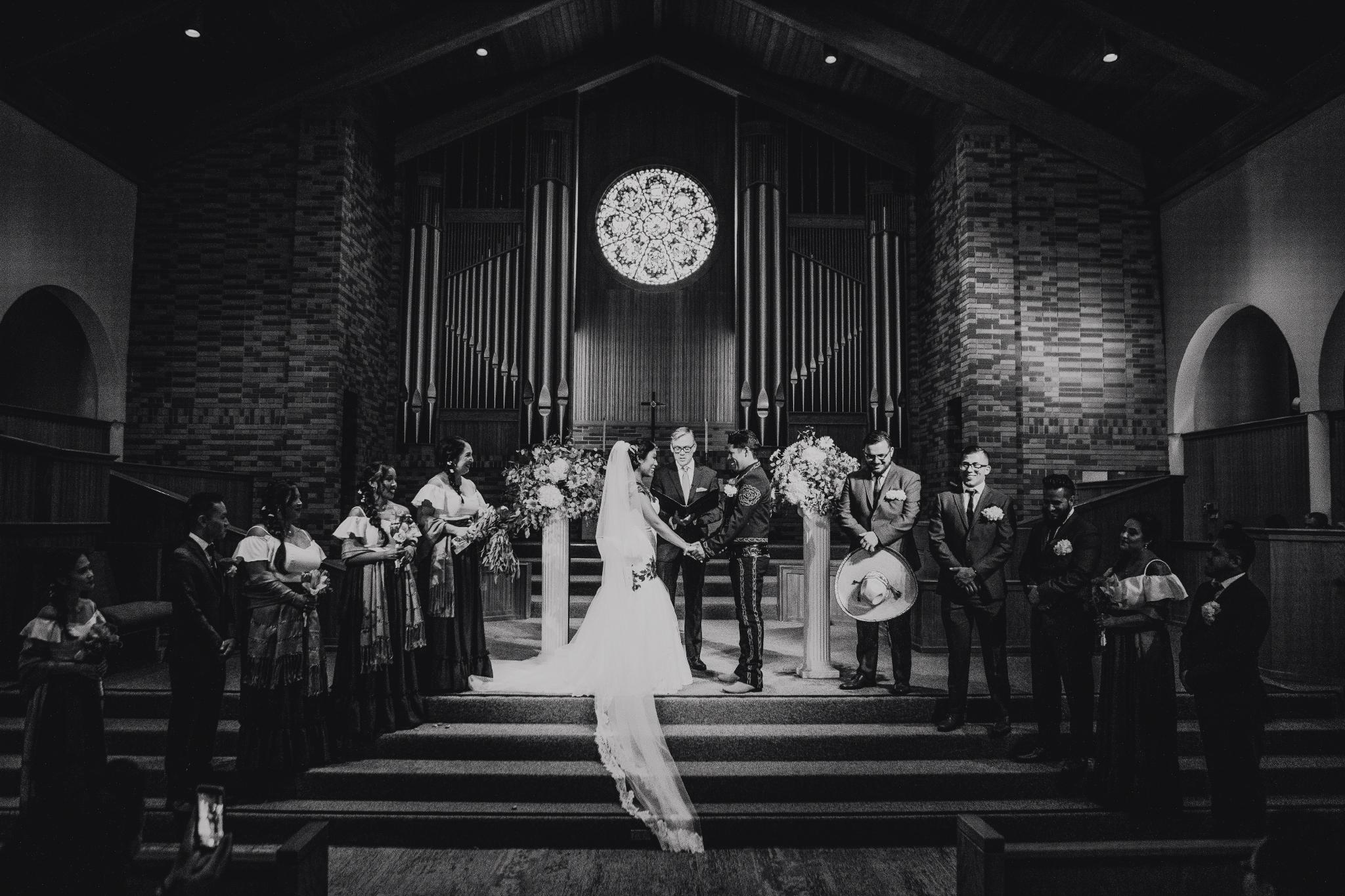 San Diego Wedding Photographer | torrey pines wedding ceremony