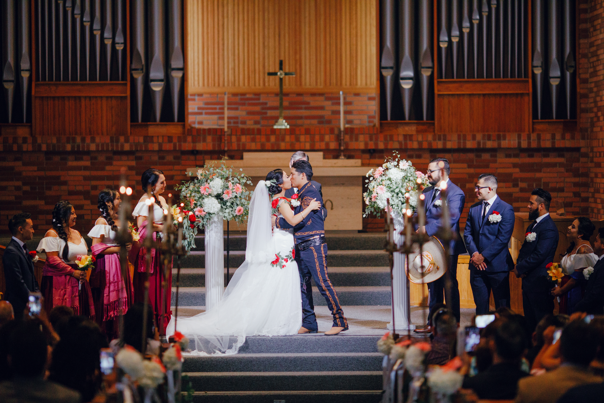 San Diego Wedding Photographer | wedding kiss