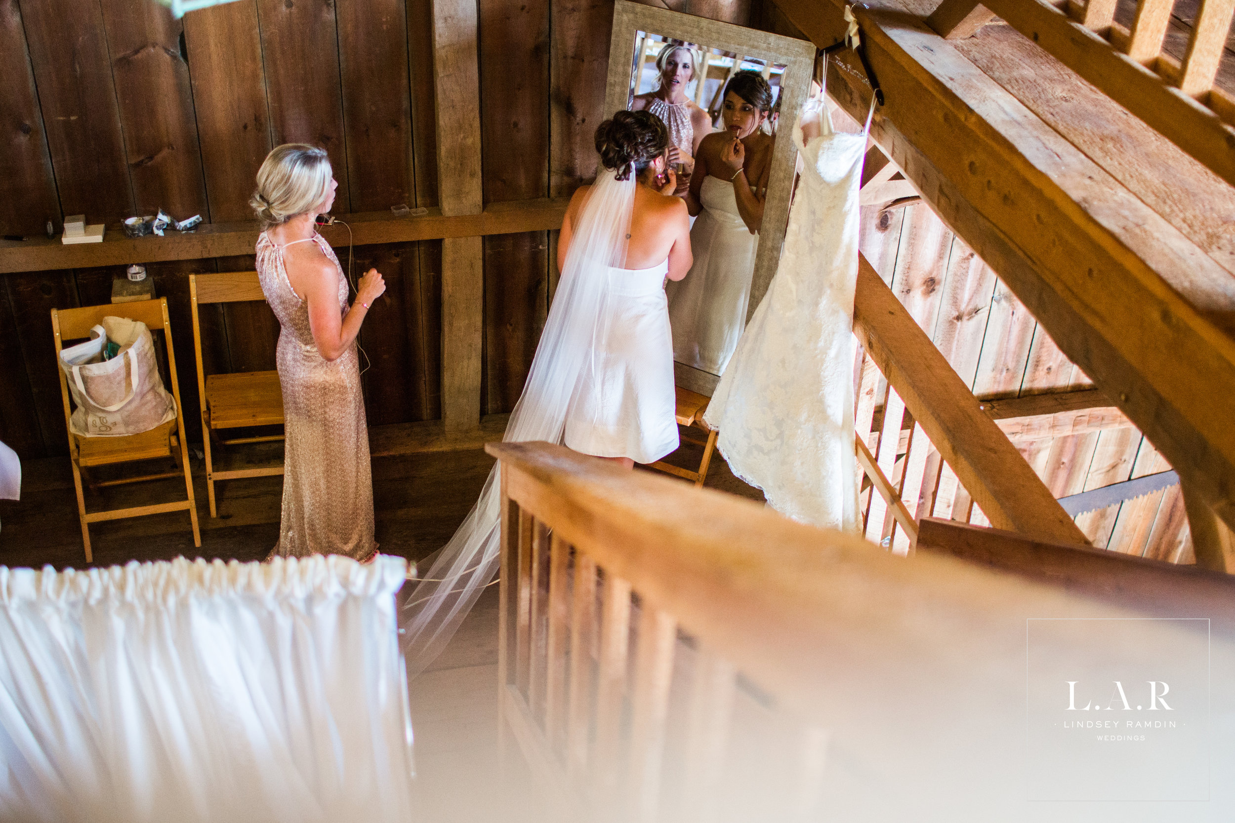 Salem Barn Wedding | L.A.R. Weddings