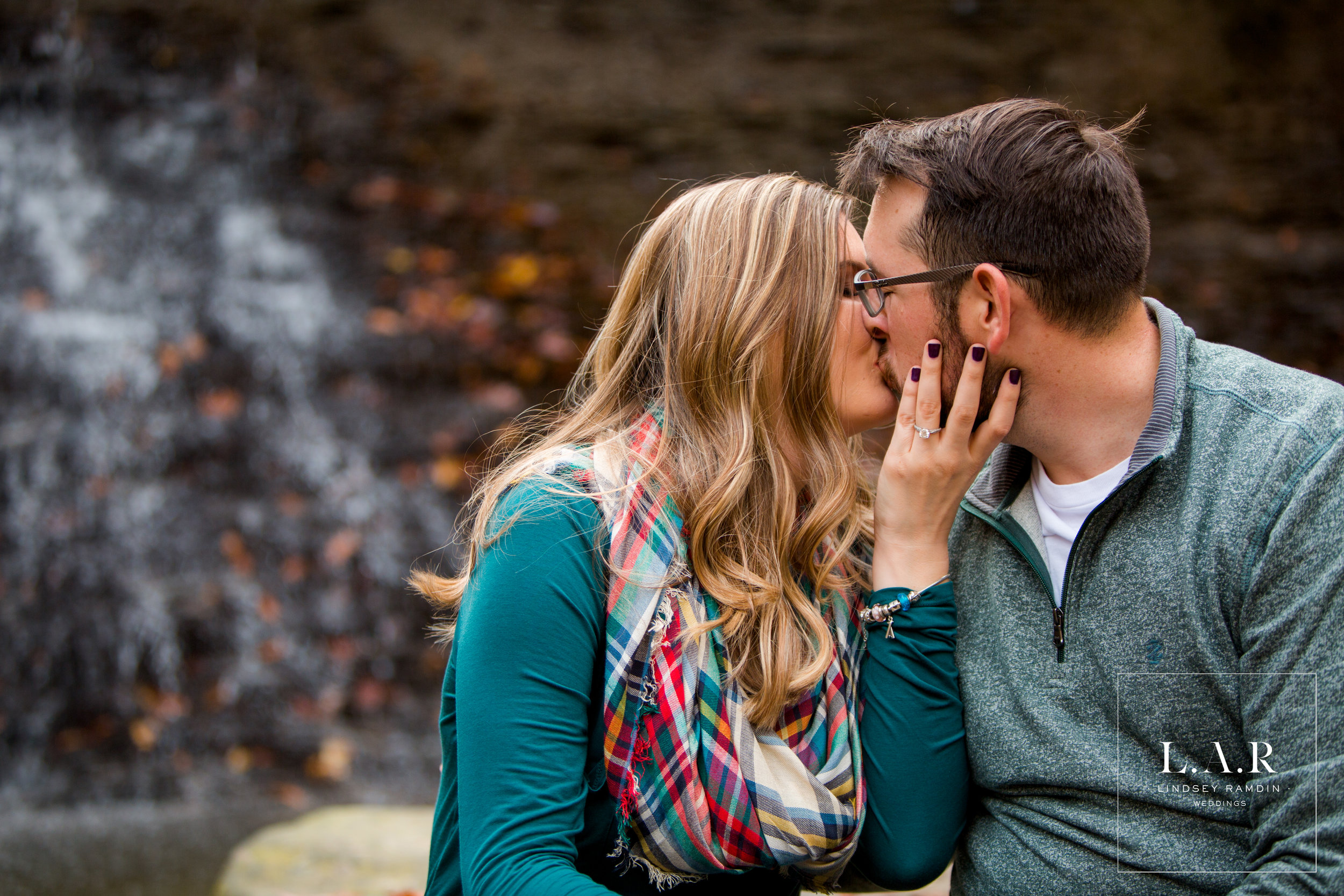 Cuyahoga Valley National Park Engagement Photo | L.A.R Weddings | Lindsey Ramdin