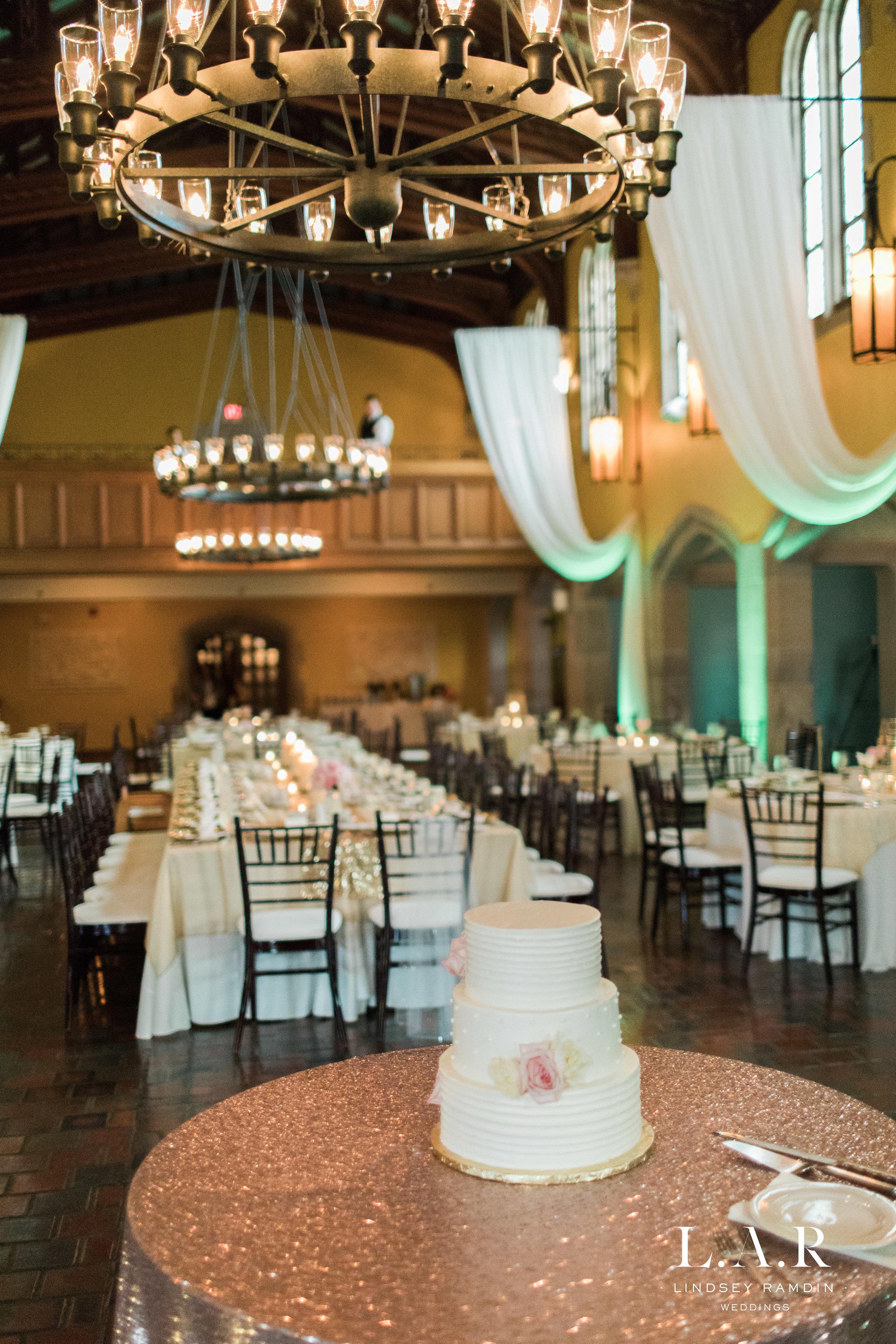 Glenmoor Country Club Wedding | Ohio Wedding Photographer | Lindsey Ramdin