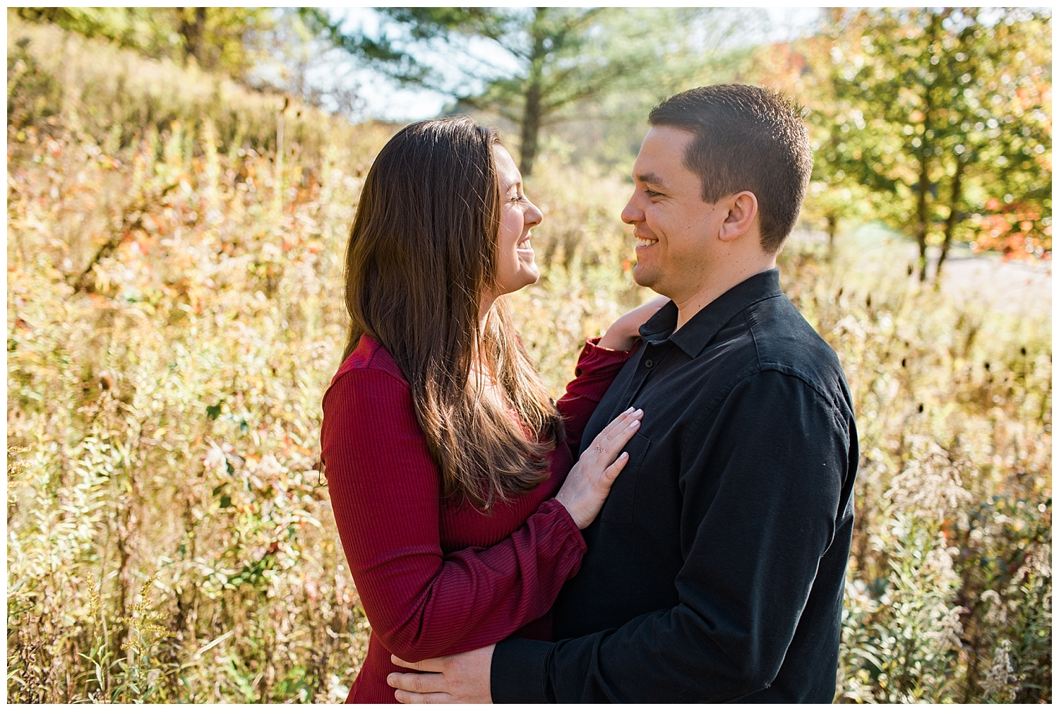 Ohio University Engagement Session_L.A.R. Weddings
