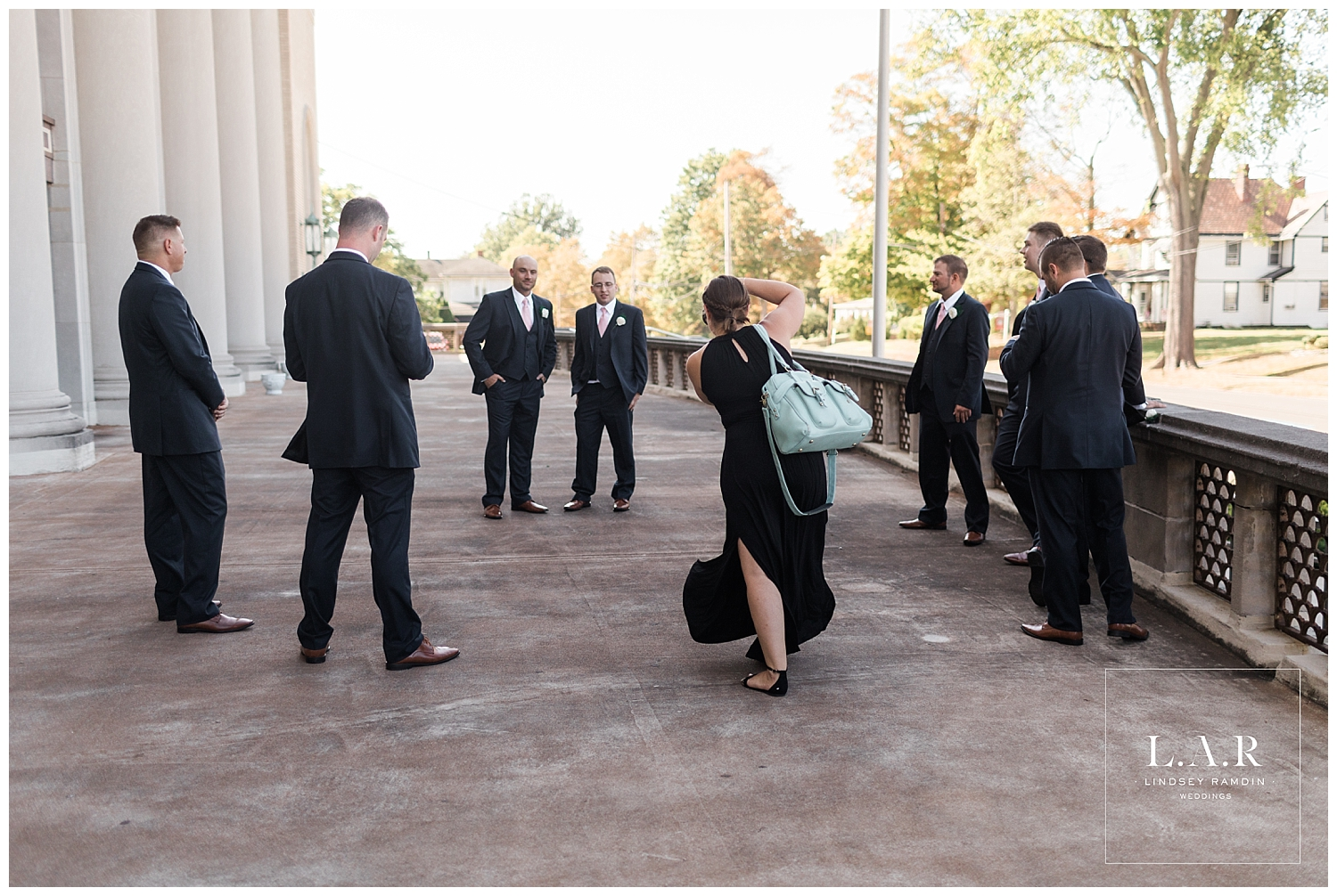 I worked with Leslie from Cusano Photography for the first time this season,and even though I threw her to the wolves (I mean groomsmen) right off the bat, she didn't miss a beat!
