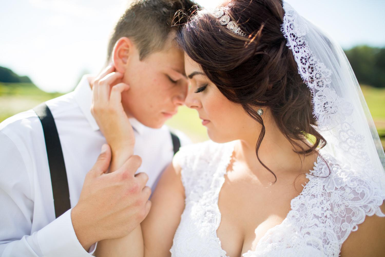 Canfield-Ohio-Drakes-Landing-Wedding-L.A.R.Weddings-Lindsey-Ramdin.jpg