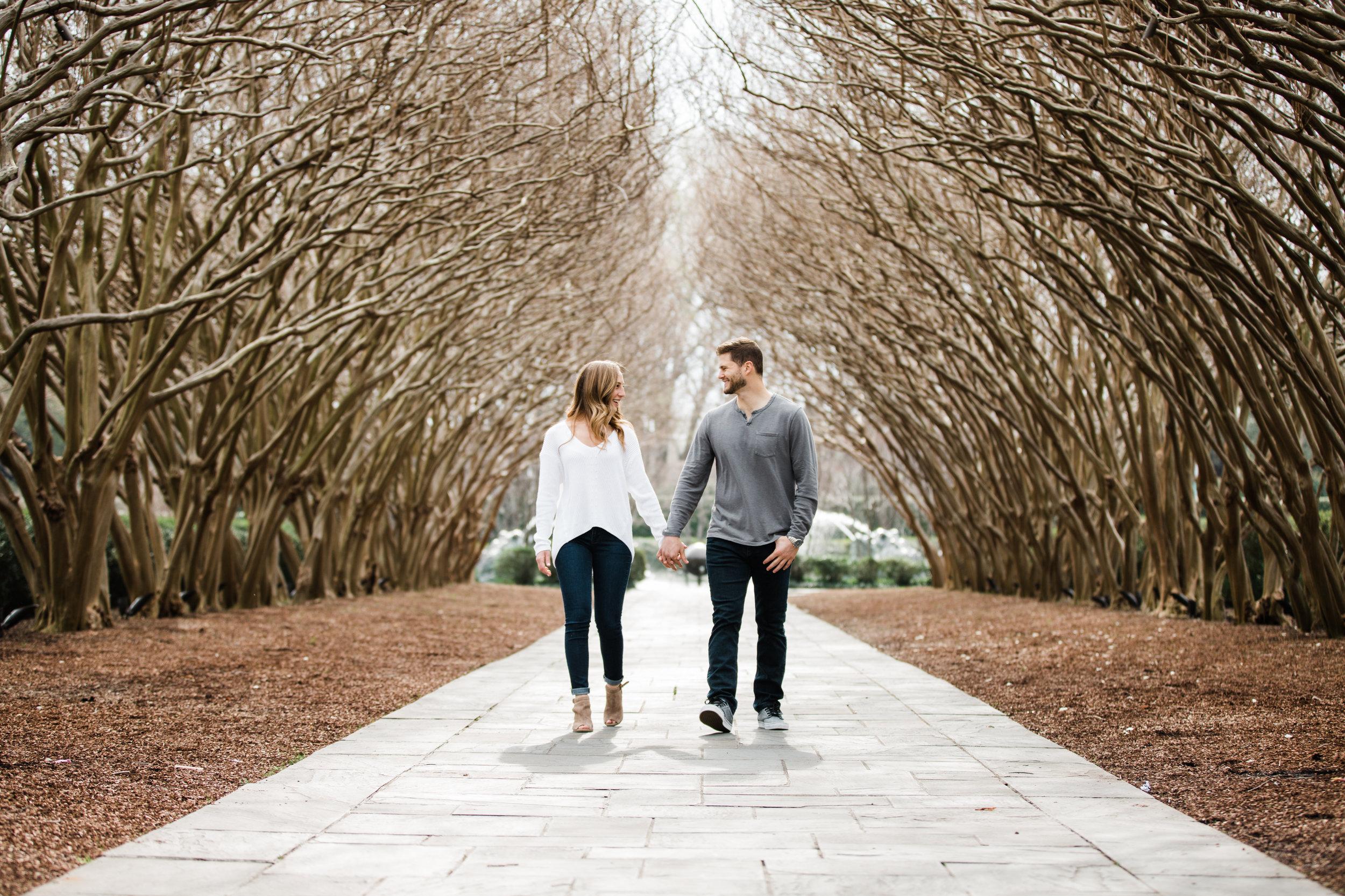 Dallas-Texas-Engagement-Session-Dallas-Arboretum-L.A.R.Weddings-Lindsey-Ramdin-25.jpg