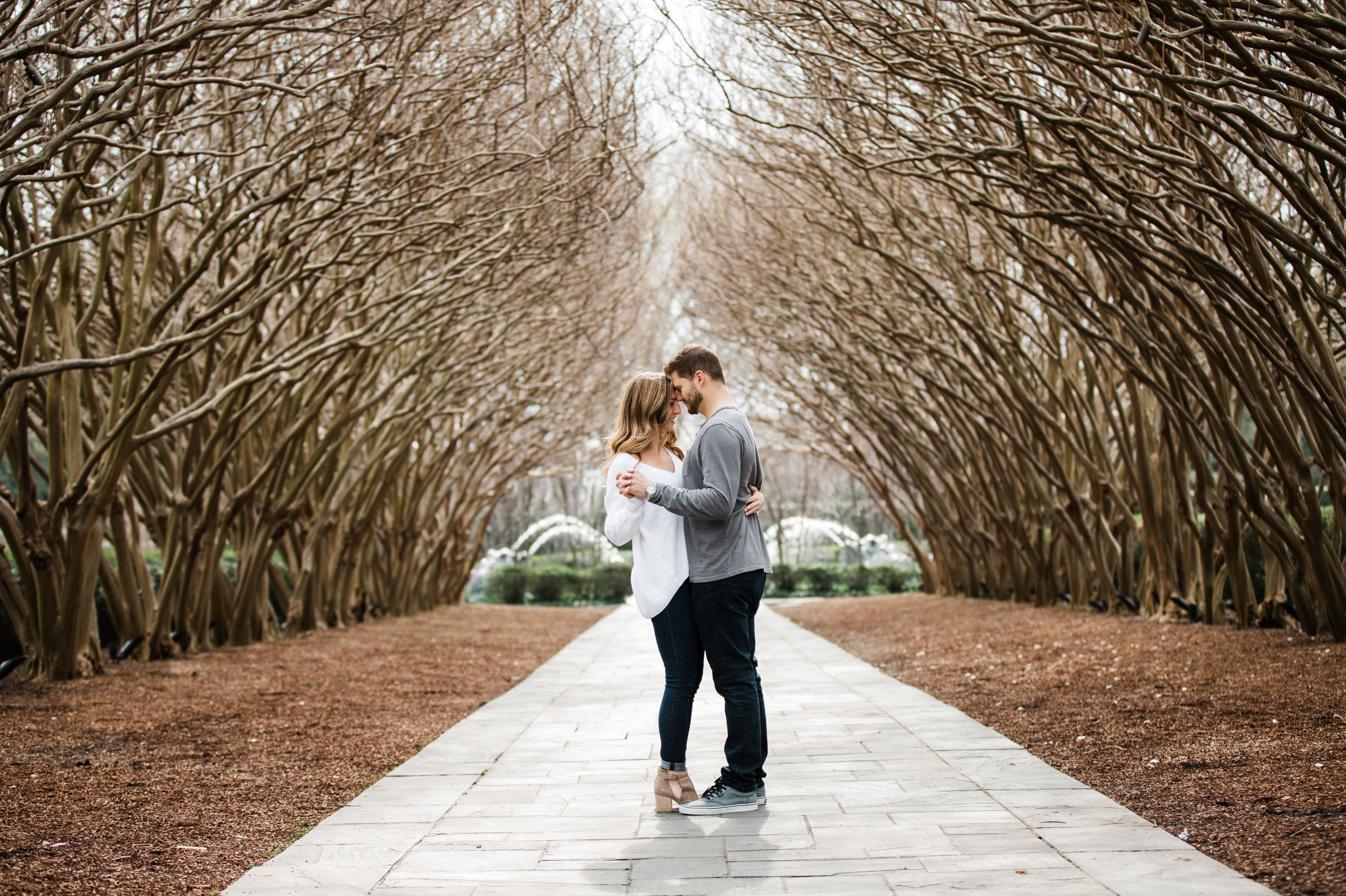 Dallas-Texas-Engagement-Session-Dallas-Arboretum-L.A.R.Weddings-Lindsey-Ramdin-26.jpg