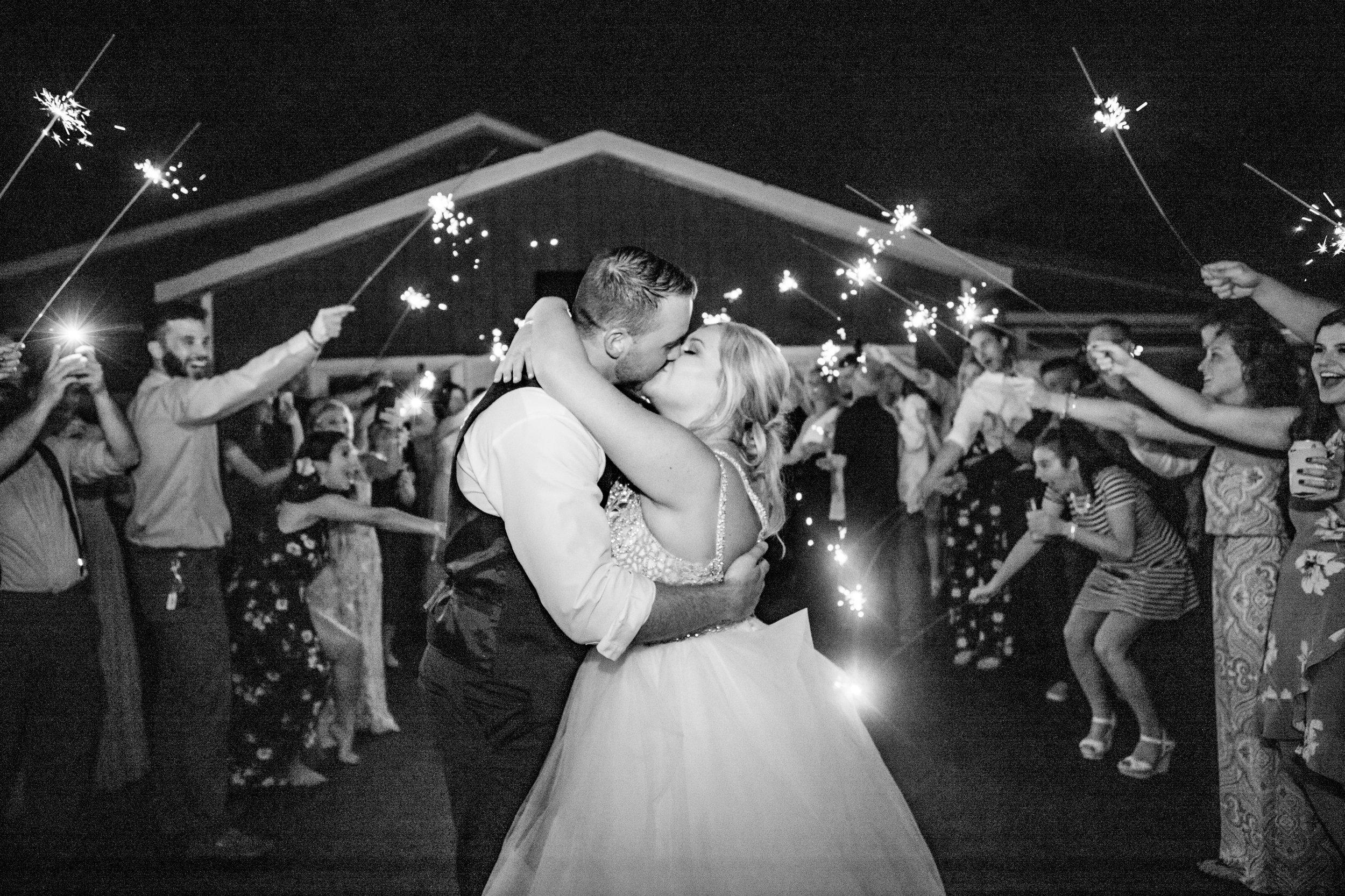 The-Place-at-534-wedding-l.a.r.weddings-lindsey-ramdin-cleveland-wedding-photographer-190.jpg