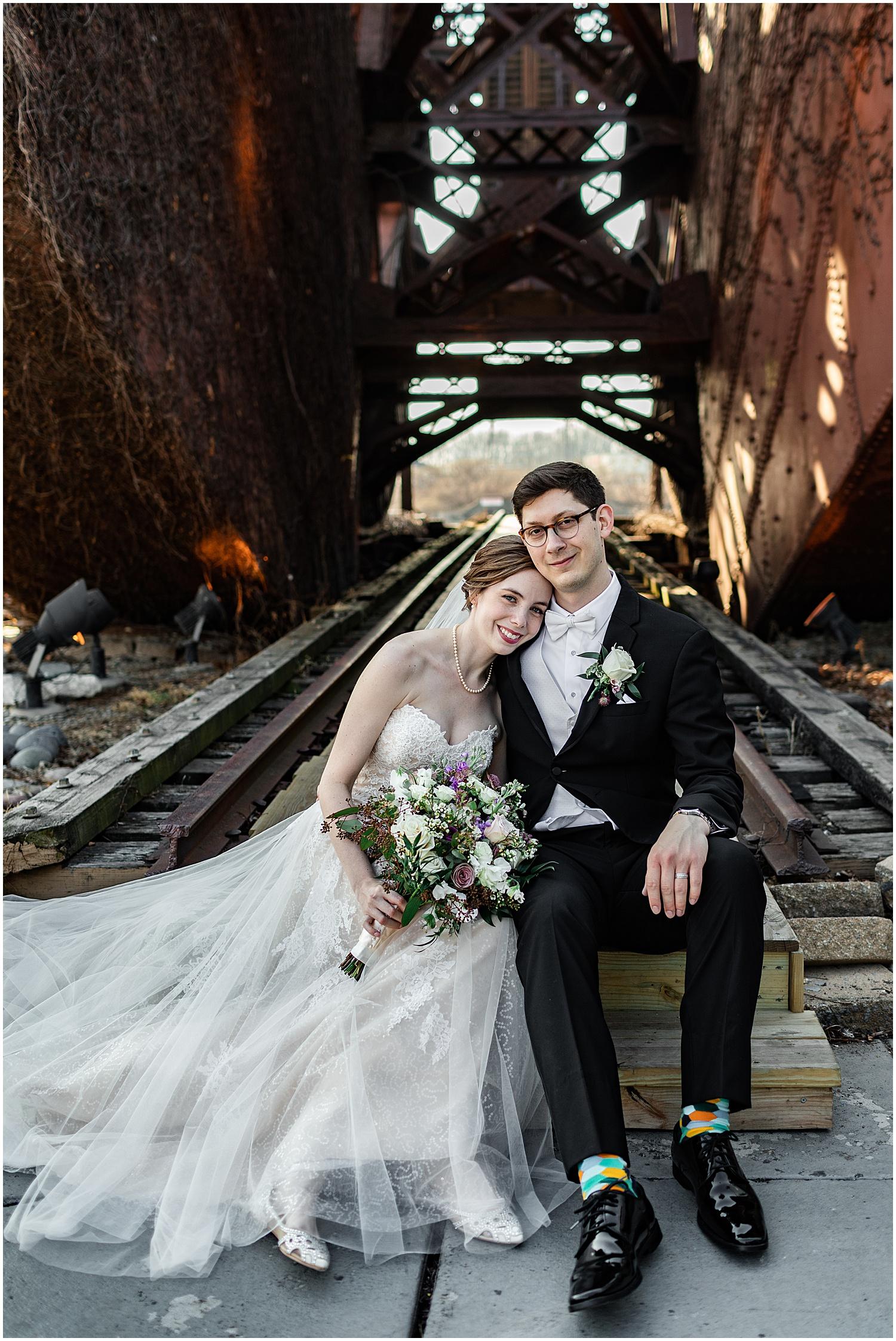 Spring Wedding at Windows on the River, Best Cleveland Wedding Photographer Lindsey Ramdin