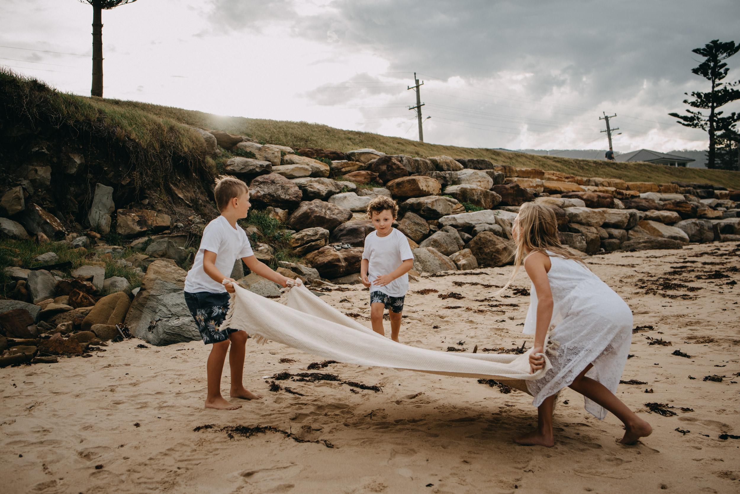 Family Lifestyle Beach.jpg