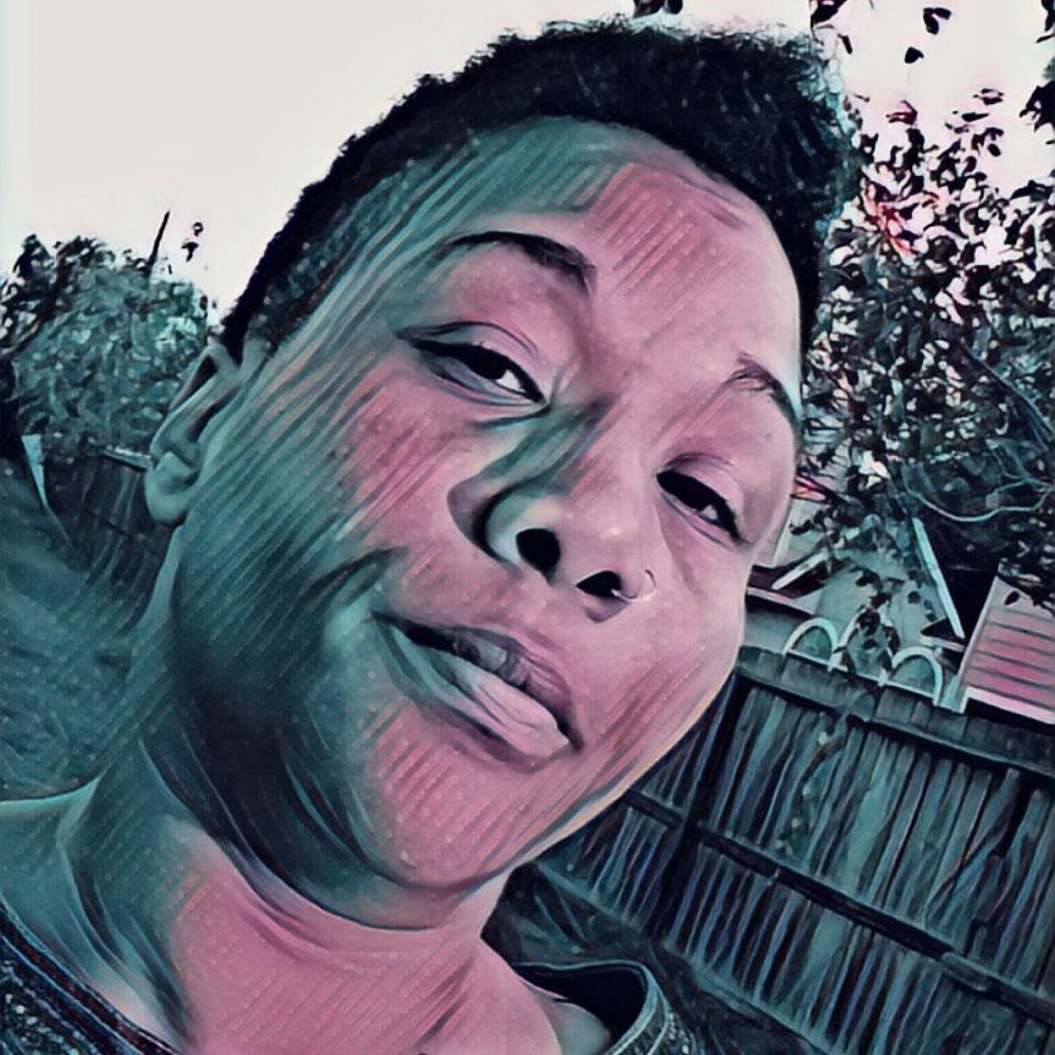 CUENIQUE - Graphic Designer/Web SpecialistHouston, TXWebsite - Soundcloud - Mixcloud - Facebook - Twitter