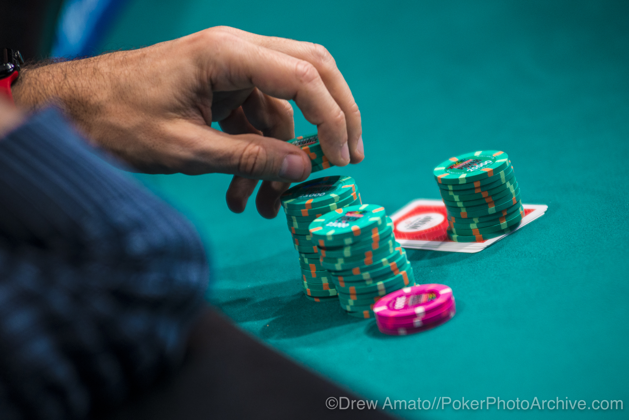 WSOP Chips_2017 WSOP_EV010_Day 3_Amato_DA68855.jpg