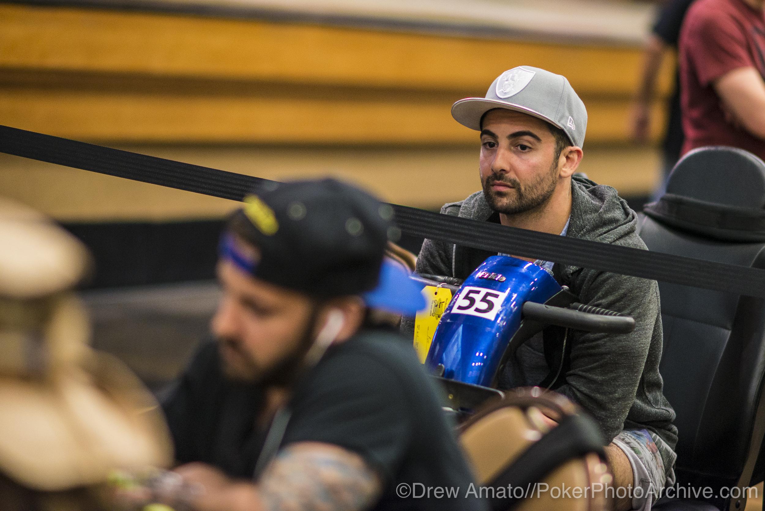 Aaron Massey watches his brother Ralph Massey_2017 WSOP_EV010_Day 3_Amato_DA68117.jpg
