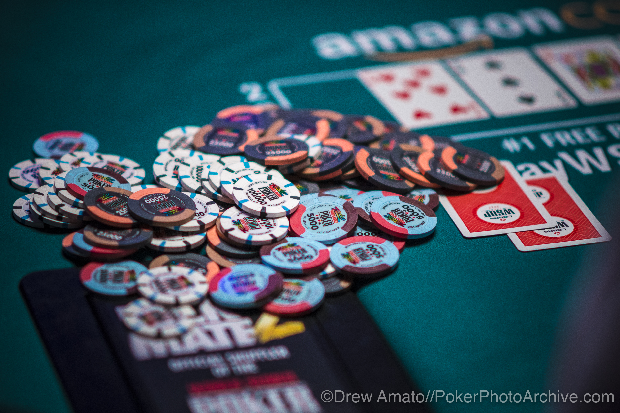 WSOP Chips_2017 WSOP_EV010_Day 3_Amato_DA67140.jpg