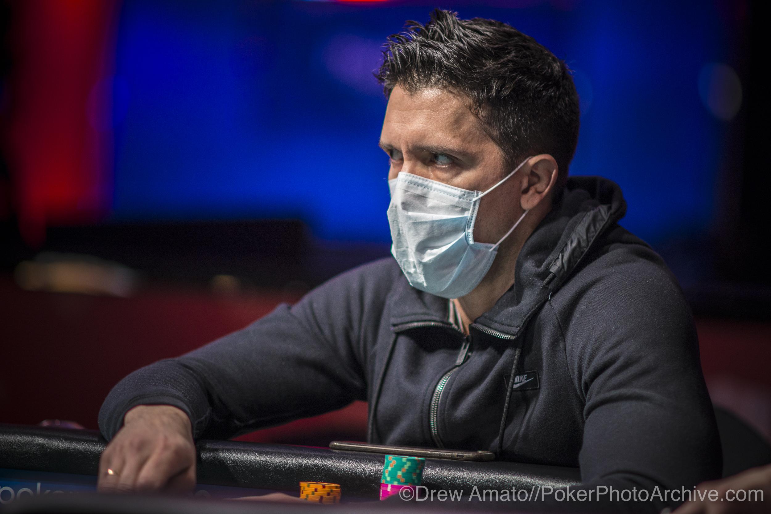 Fernando Macia_2017 WSOP_EV59_Day 1_Amato_DA67110.jpg