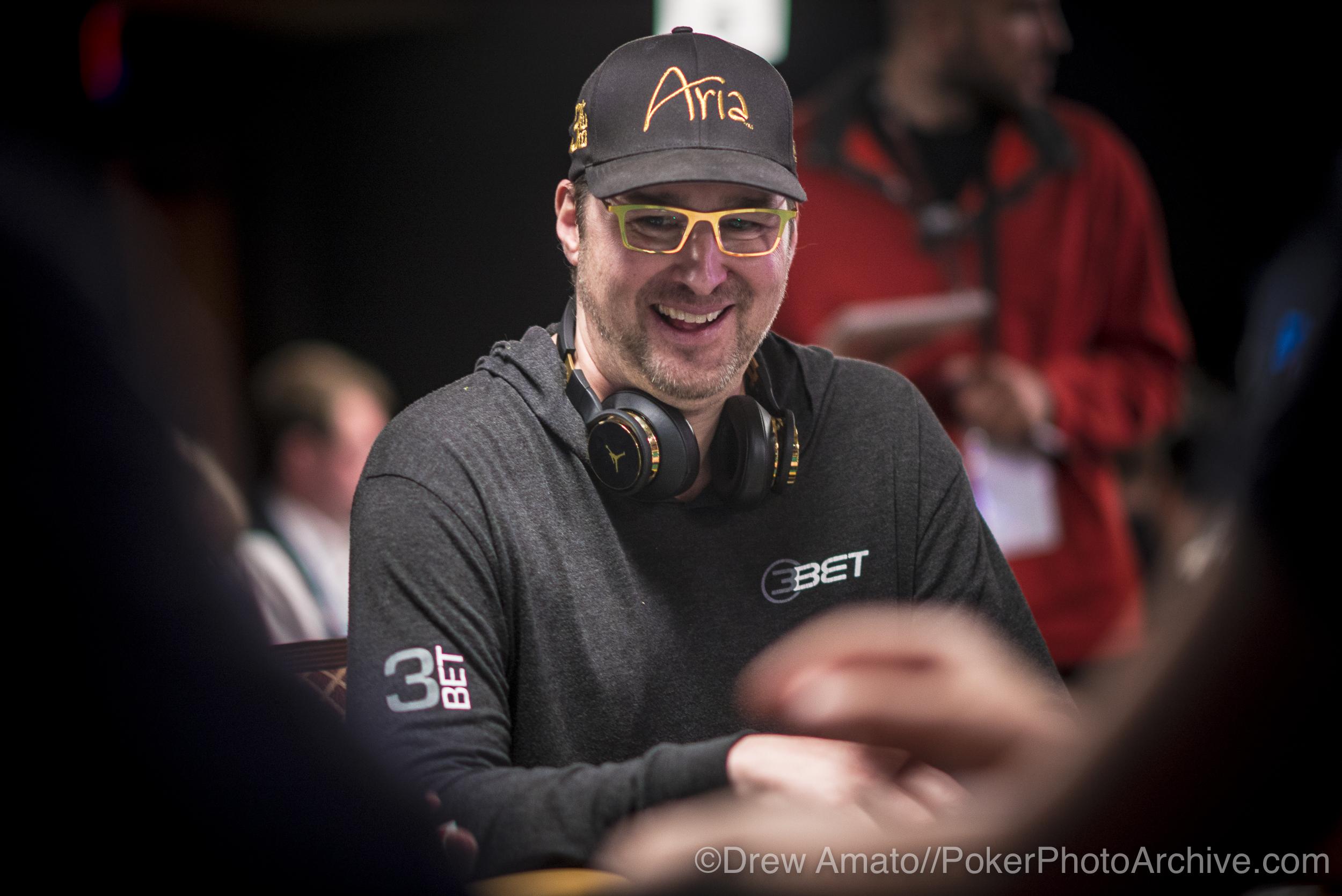 Phil Hellmuth_2017 WSOP_EV59_Day 1_Amato_DA62059.jpg