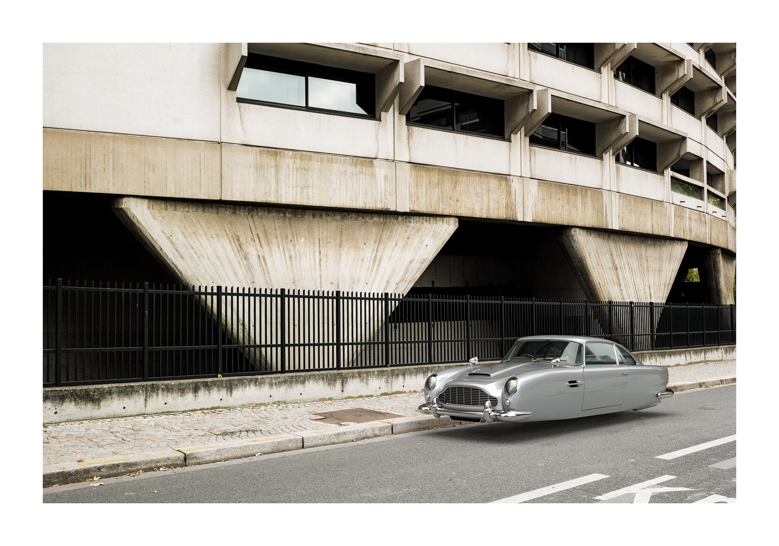 AstonMartin-DB5_down.jpg