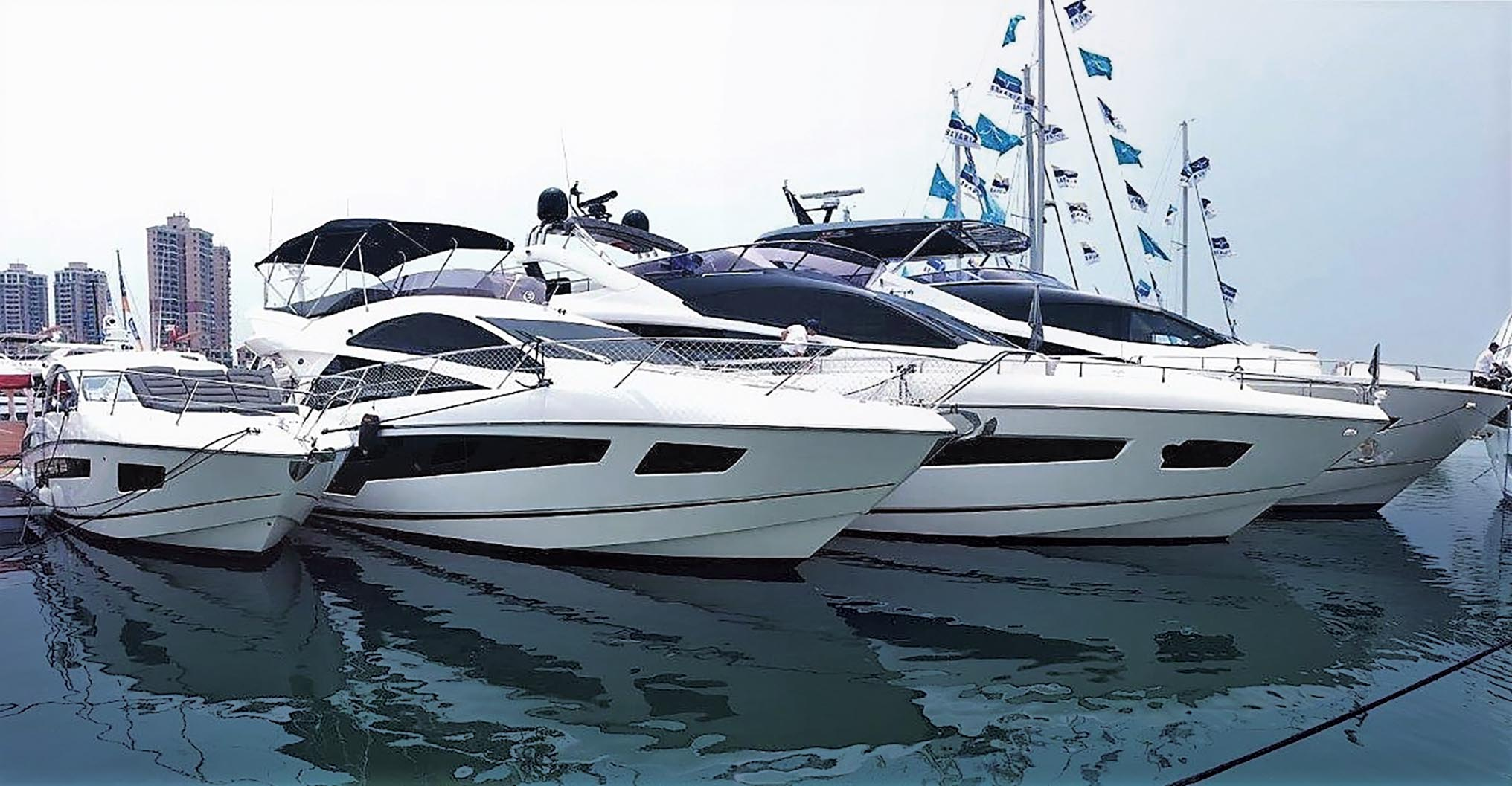 A variety of Sunseekers at the 2016 Hong Kong International Boat Show