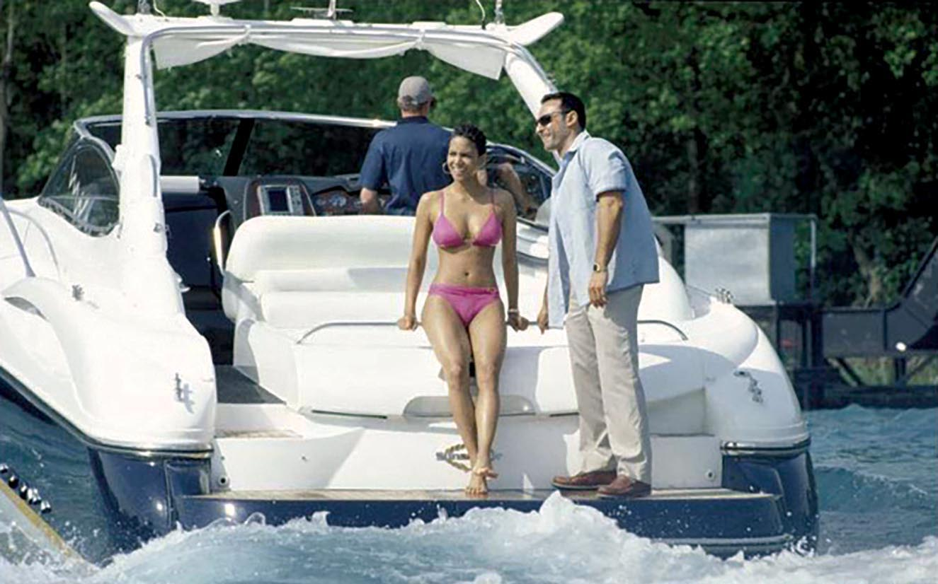 Halle Berry aboard the Sunseeker Superhawk 48 in  Die Another Day