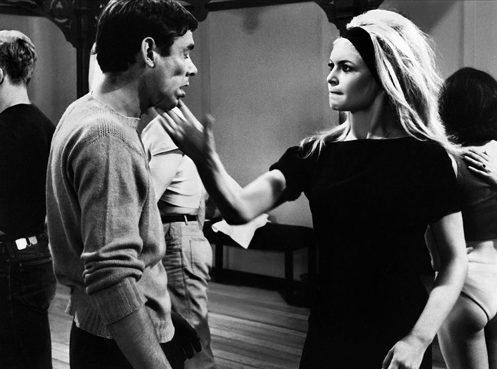 Dirk Sanders and Brigitte Bardot in A Very Private Affair (1962)