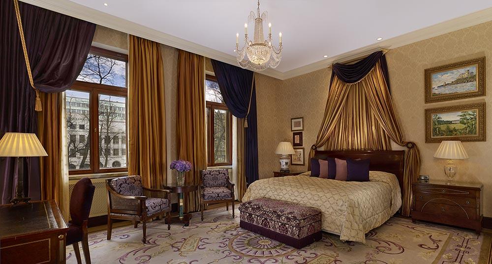 Hotel Kämp's stately Presidential Mannerheim Suite