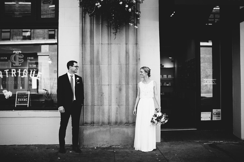 Seattle Wedding Photographer_015.jpg