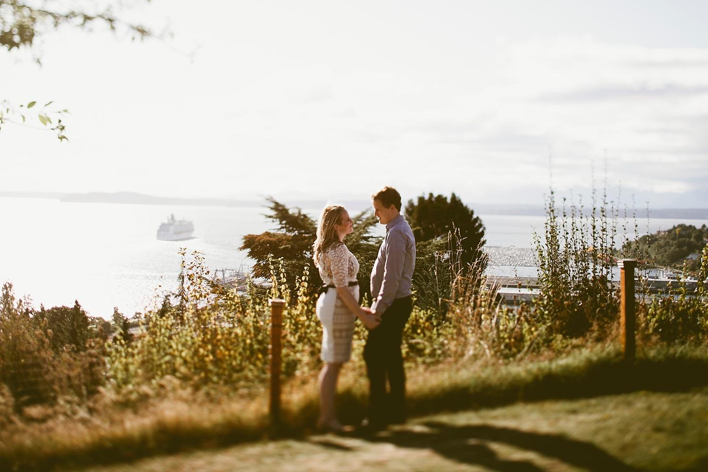 Seattle Engagement Photographer_003.jpg